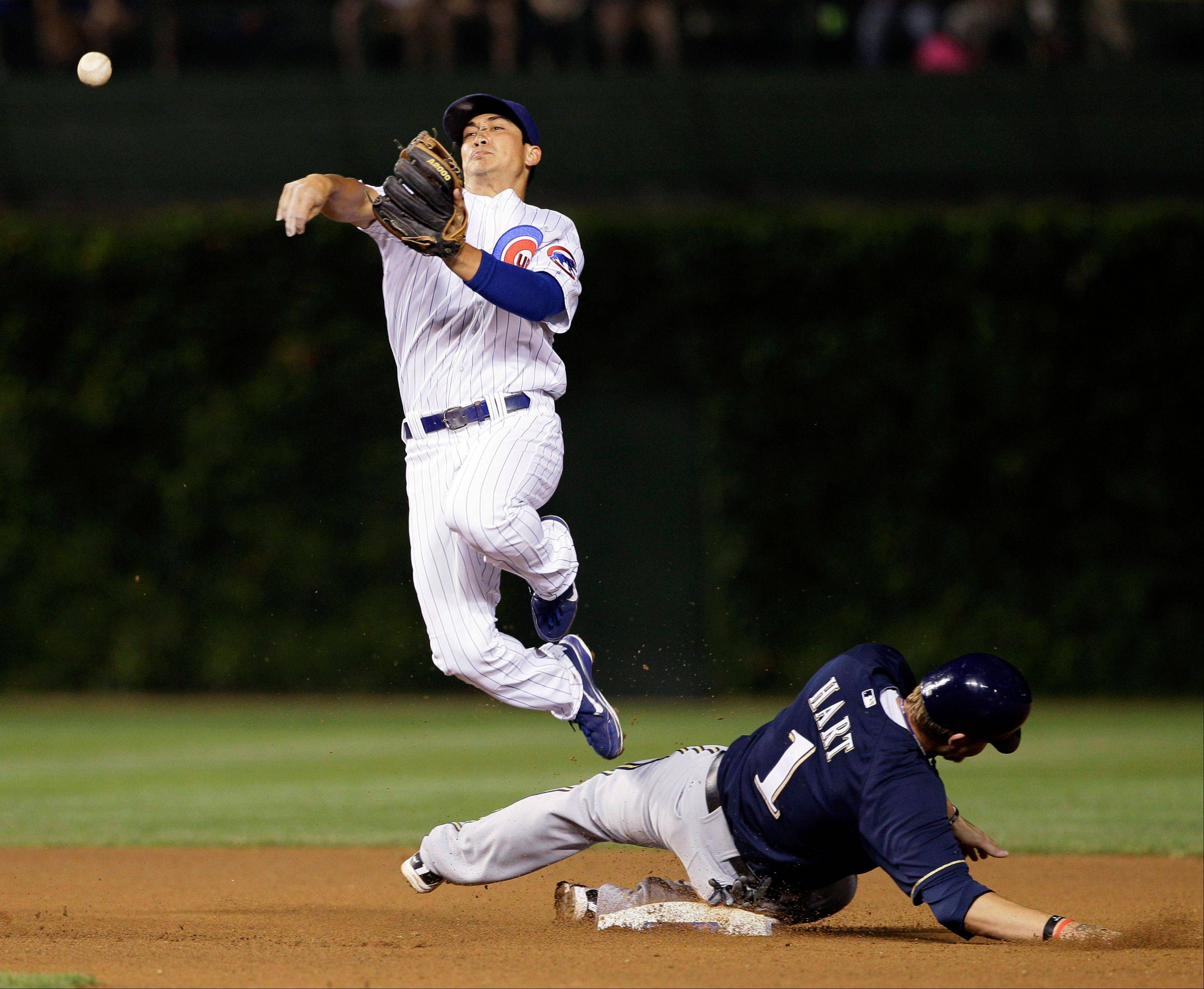 Darwin Barney set a National League single-season record for consecutive errorless games at second base Wednesday, as he reached 114, breaking the mark he held with David Eckstein, who had 113 in 2010 with the San Diego Padres. Although, he did have had an error for several minutes in the seventh, the scoring decision was reversed.