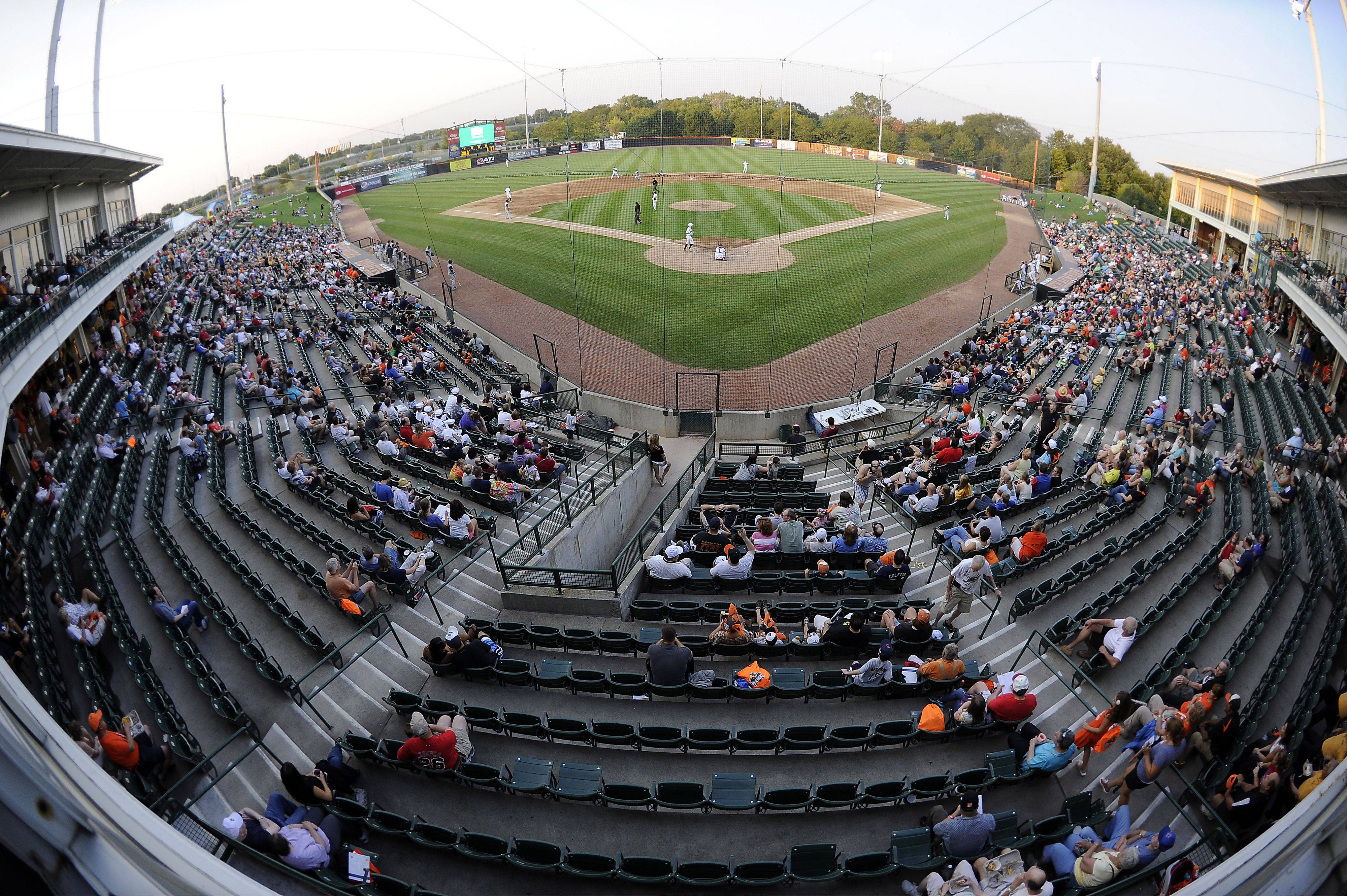 The crowd continues to pour into Schaumburg Boomers Stadium on their last home game of the regular season.