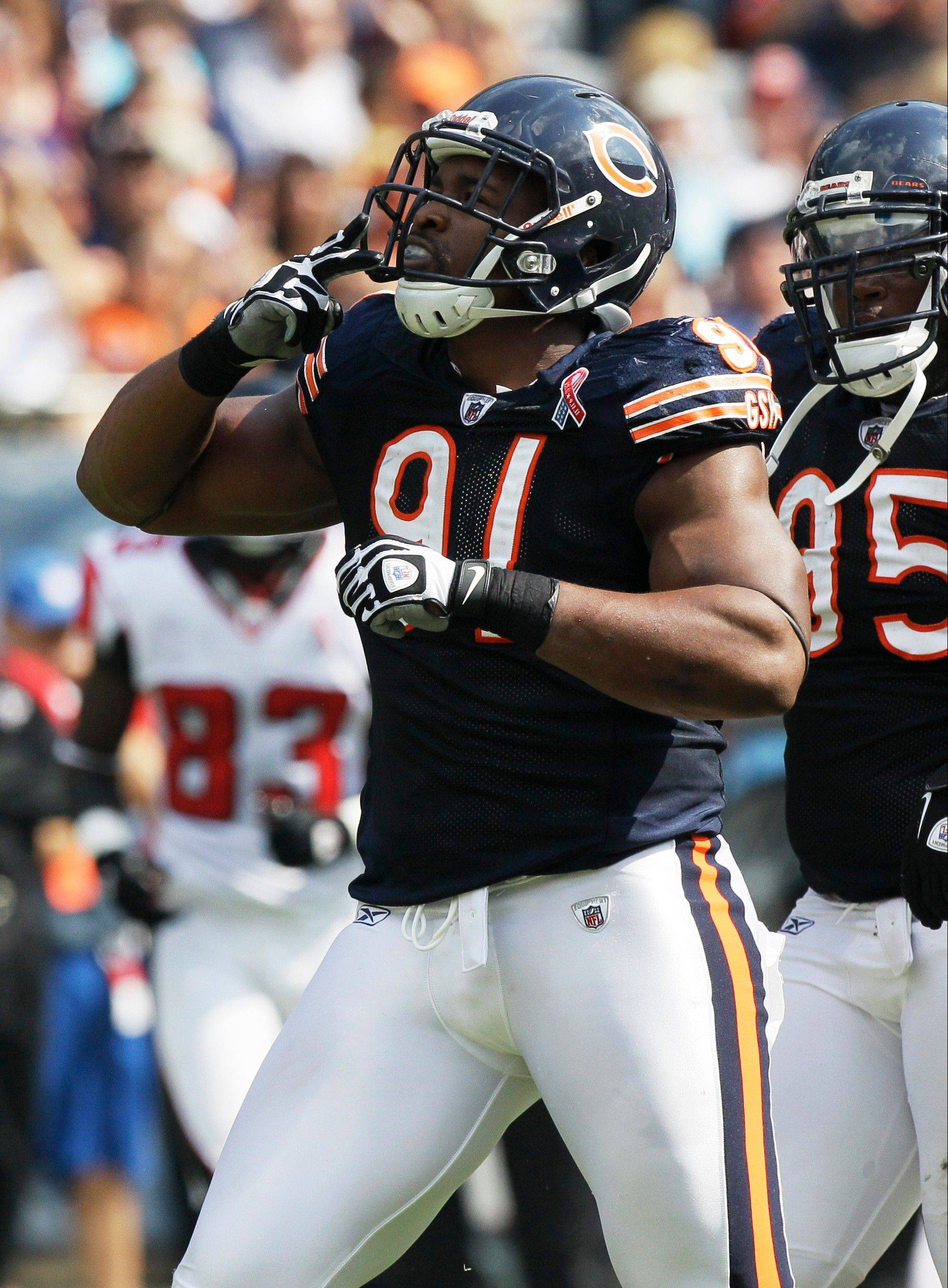 Defensive tackle Amobi Okoye saw action in all 16 games for the Bears in 2011 before signing with Tampa Bay as an unrestricted free agent in the off-season. But the Bucs waived Okoye last week, and the Bears signed him Sunday.