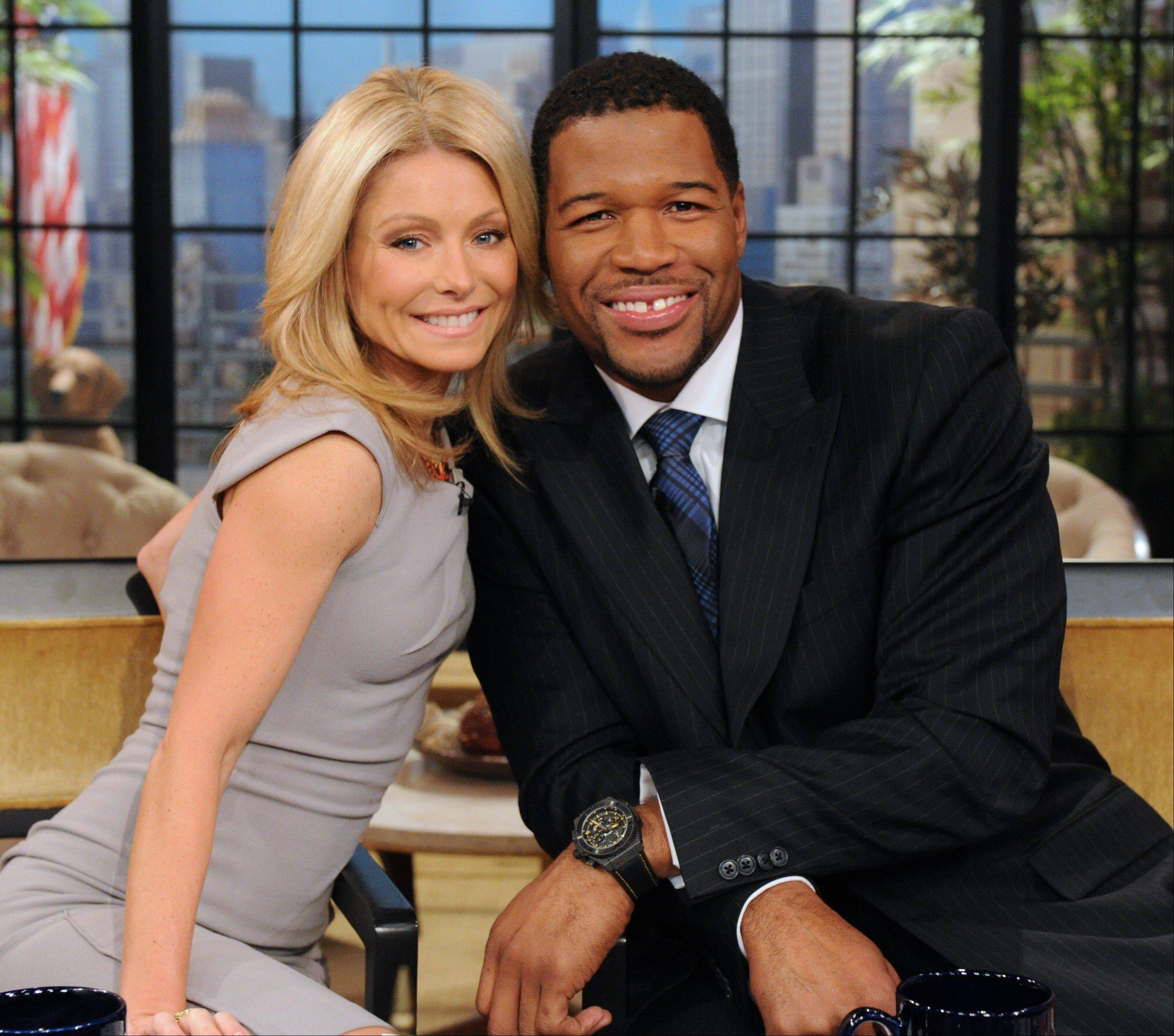 "Michael Strahan, the gaptoothed former New York Giant who is currently a host of ""Fox NFL Sunday,"" is replacing Regis Philbin on ""Live! With Kelly."""