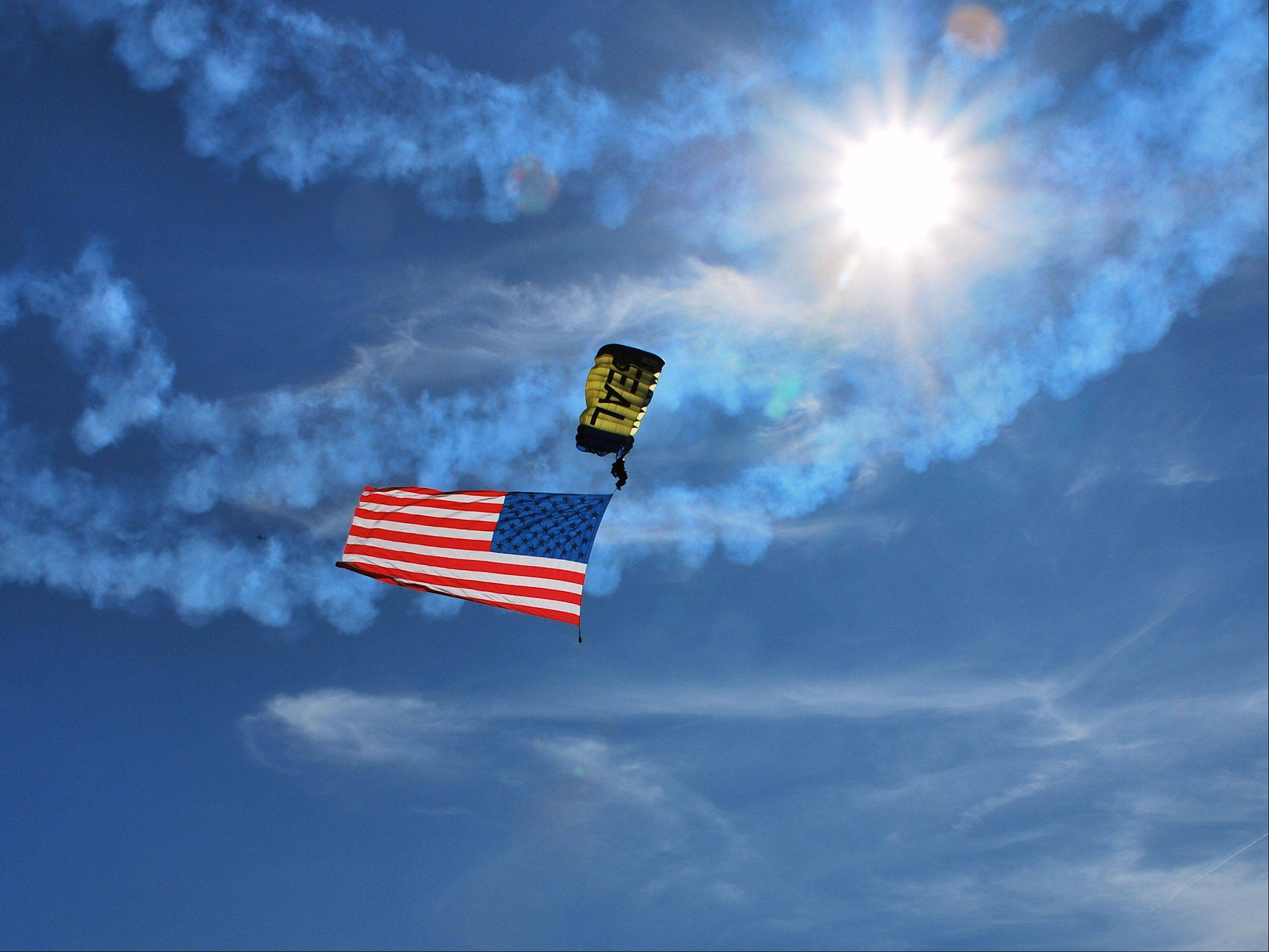 This was taken at the Chicago Water and Airshow 2012.