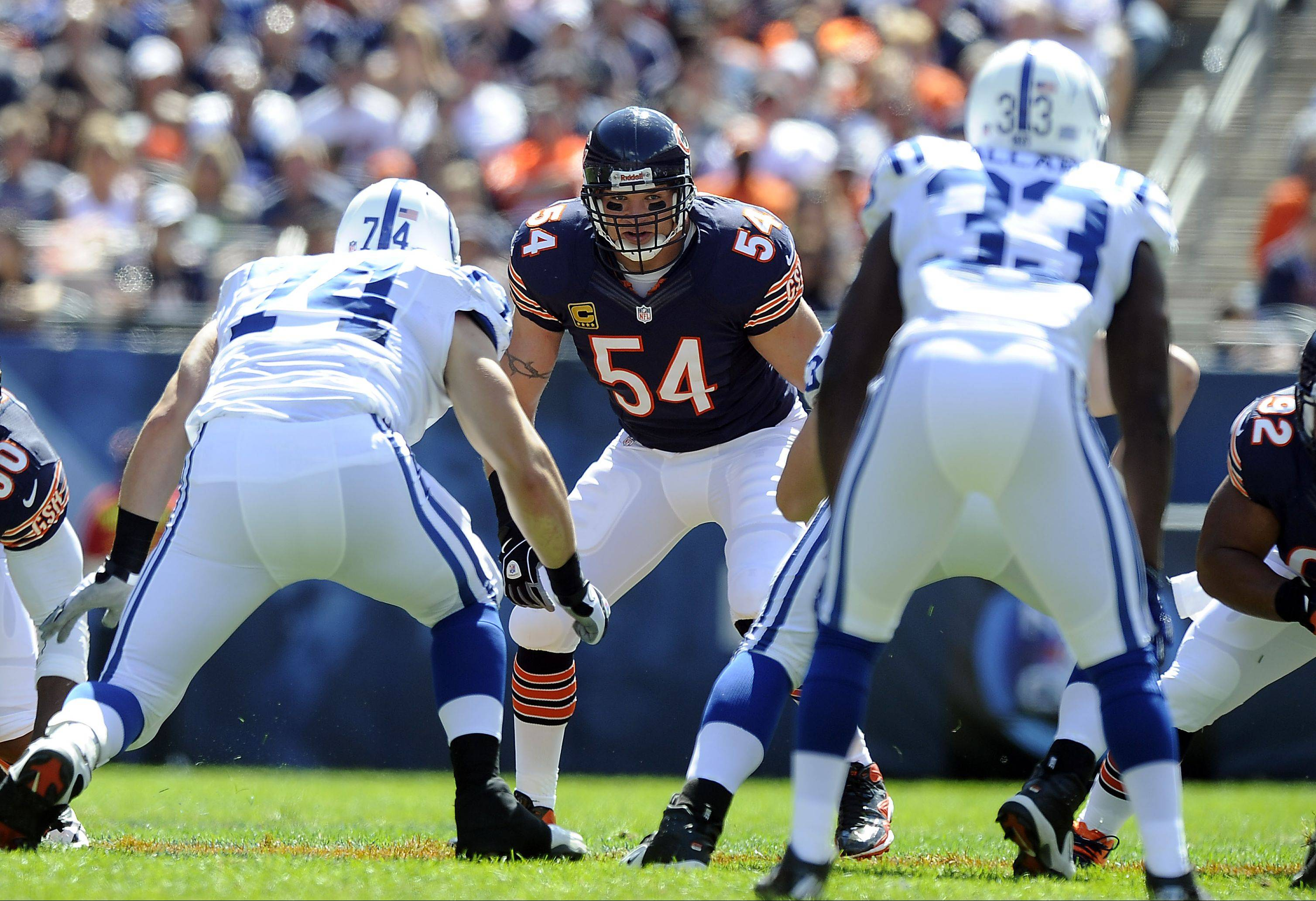 Bears middle linebacker Brian Urlacher returned to action Sunday against the Colts at Soldier Field, but he only played in the first half.