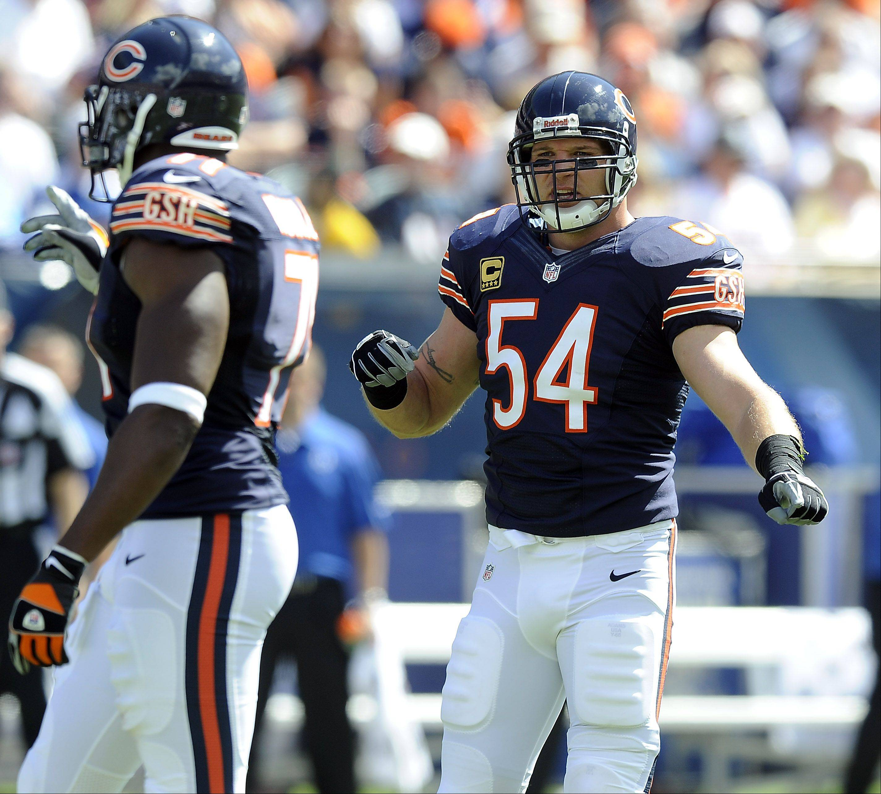 Bears middle linebacker Brian Urlacher played the first half Sunday against the Colts at Soldier Field.