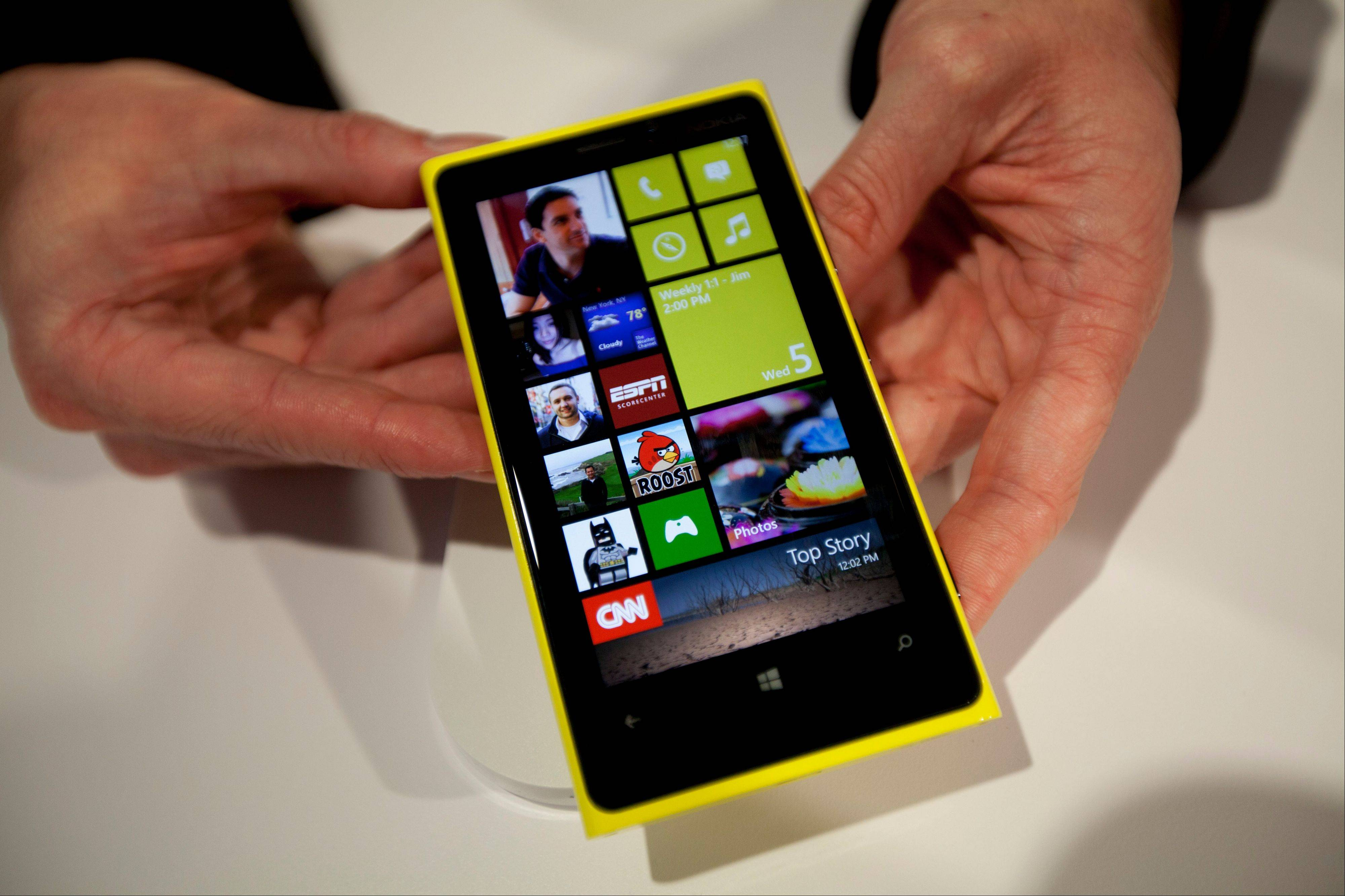 Nokia said last week it was sorry for not making clear that a promotional video and still photos within an advertisement weren't captured with its new Lumia 920 smartphone.