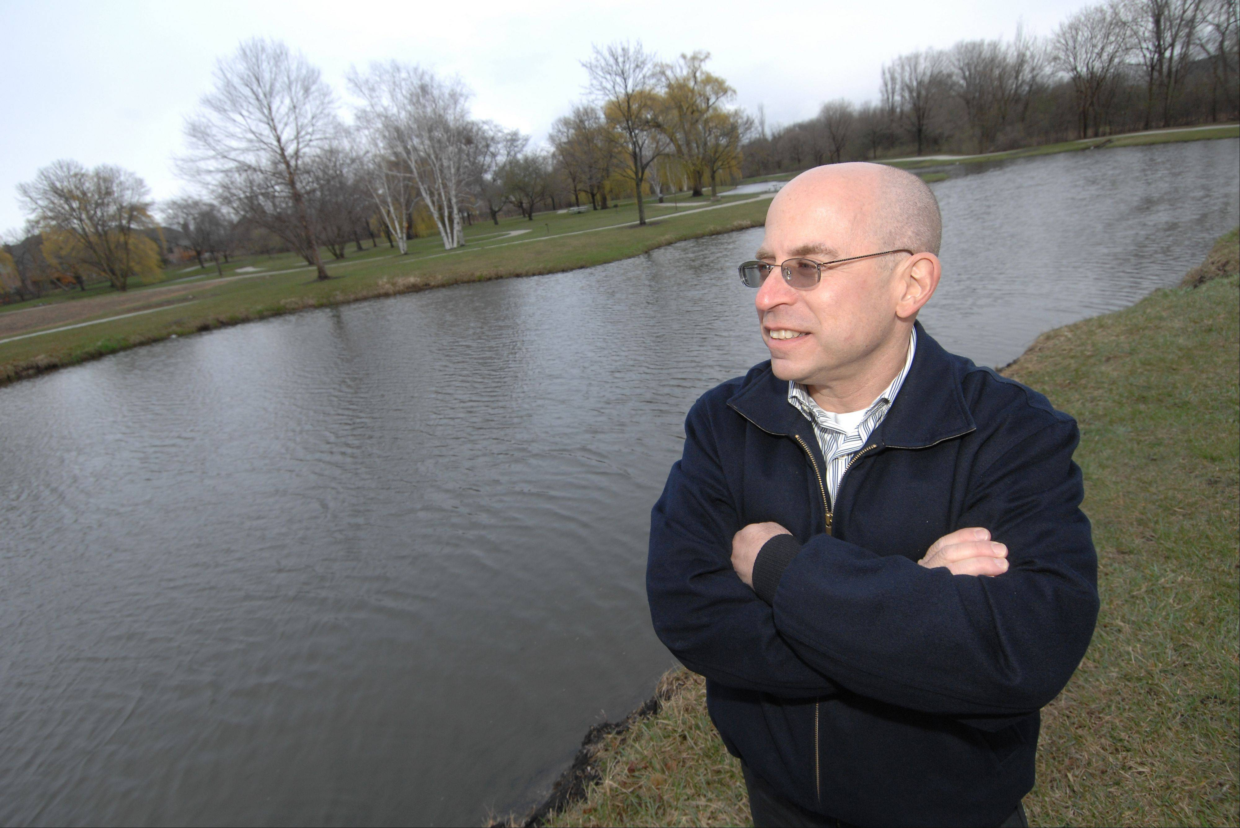 Glen Ellyn Village President Mark Pfefferman won't seek a second term -- a village custom -- though he admits some supporters urged him to buck the trend.