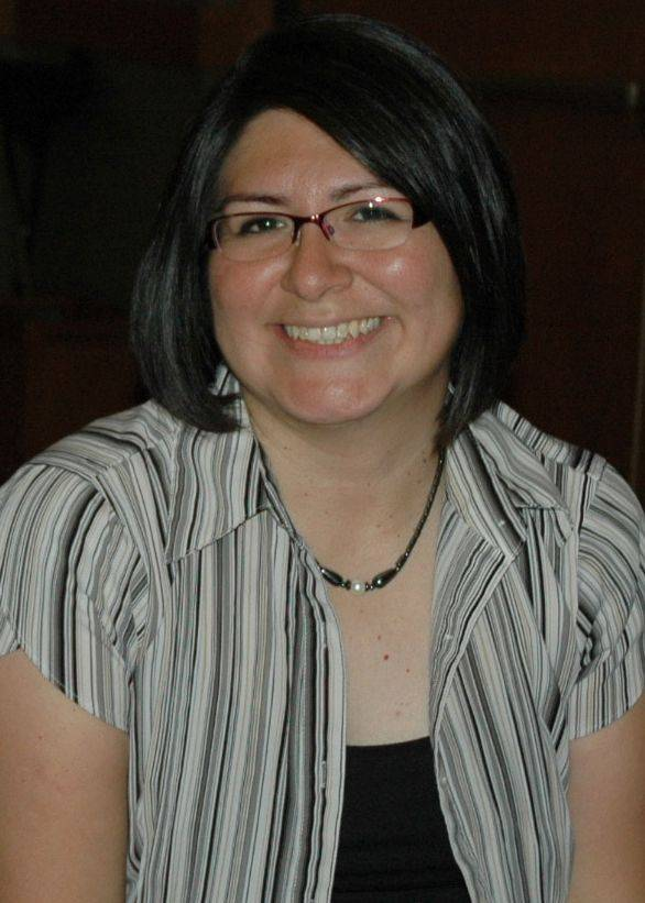 Mytzy Rodriguez-Kufner is the bilingual coordinator for Mundelein District 75 and Fremont District 79.
