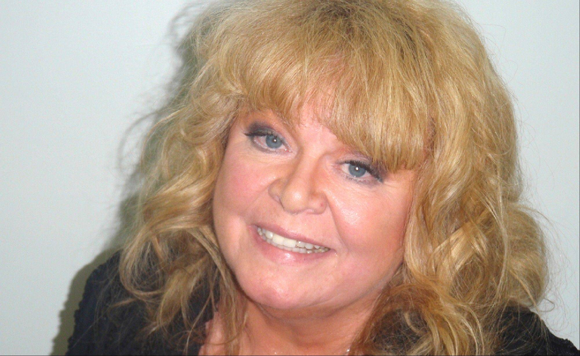 Actress Sally Struthers was arrested early Wednesday on charges of drunken driving after being pulled over on U.S. Route 1 in southern Maine.