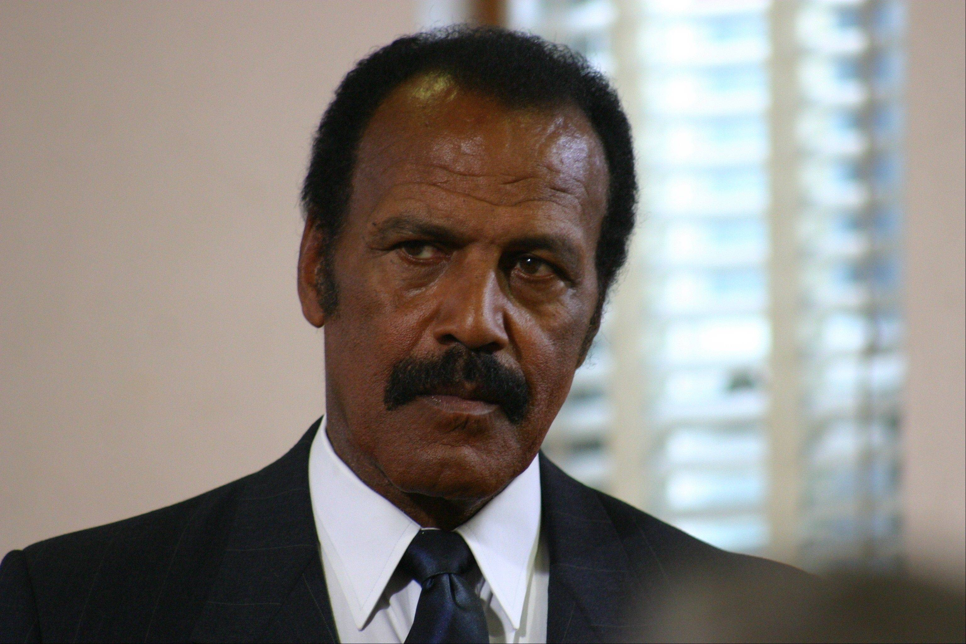 "Northwestern University alum and former football star Fred Williamson co-stars as the head of the American Civil Liberties Organization in the drama ""Last Ounce of Courage."""