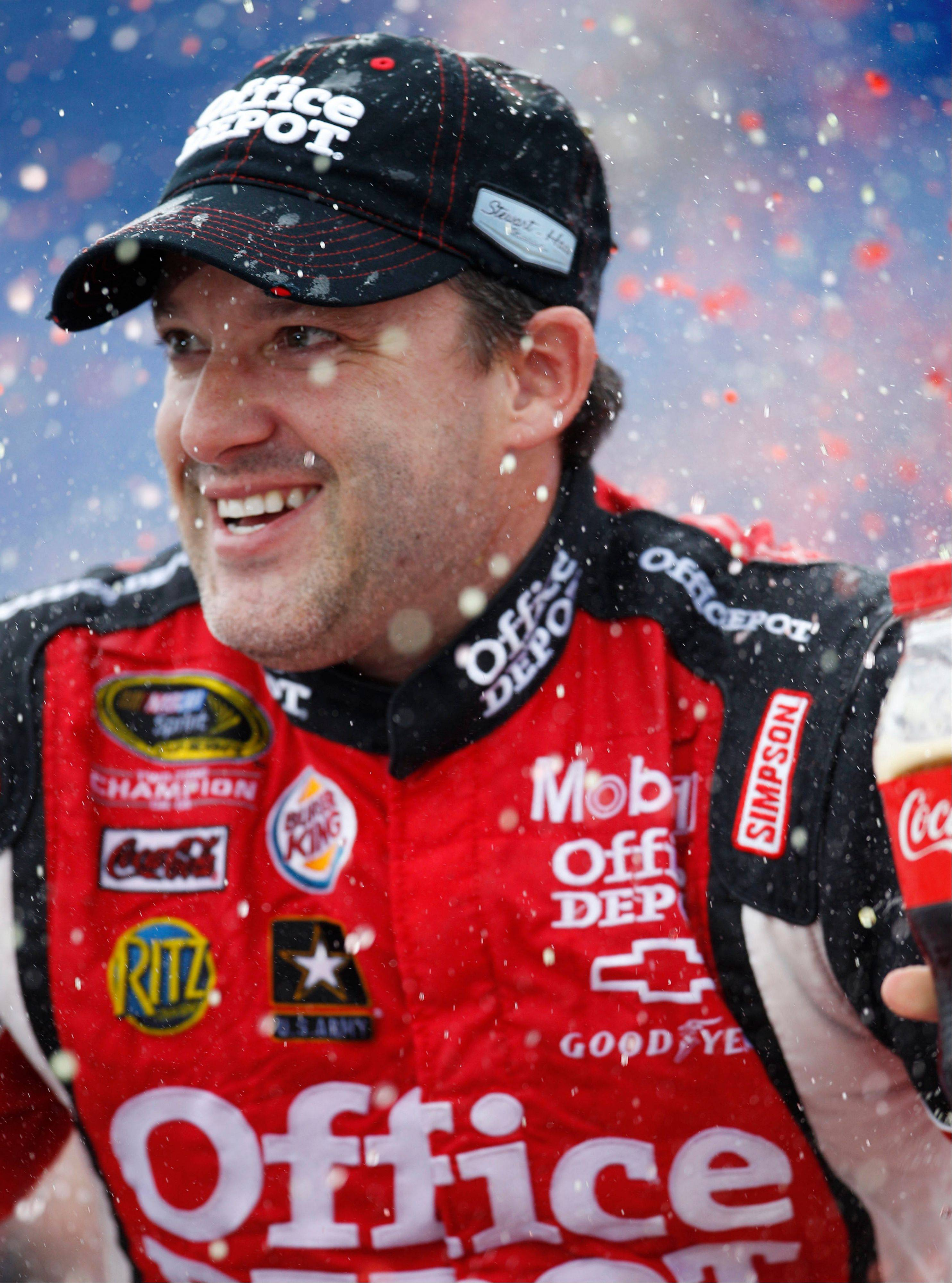 The defending champion at Chicagoland Speedway, Tony Stewart, has a long and successful history at the Joliet track. The NASCAR Sprint Cup Series auto race, the Geico 400, takes place Saturday in Joliet.