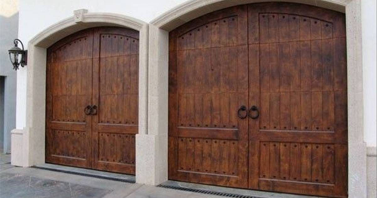 Local Company Creates Classy Garage Doors