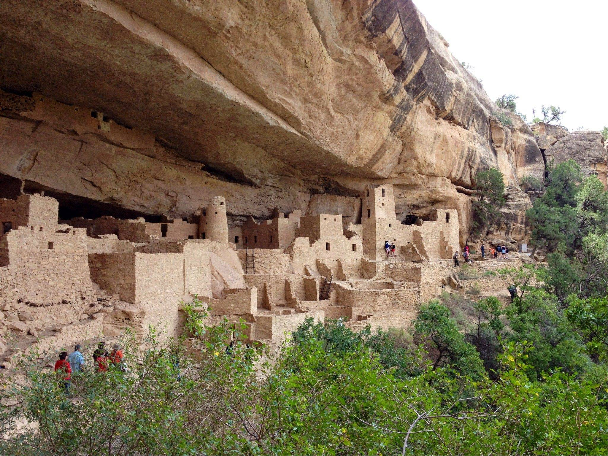 Ancestral Puebloans built vast cliff dwellings at Mesa Verde starting about 1200 AD and then abandoned them 100 years later.