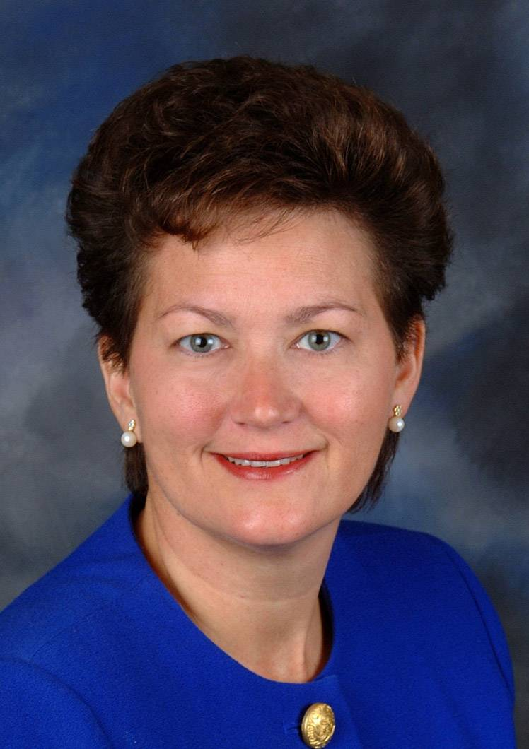 Diana O'Kelly, running for Lake County board District 10