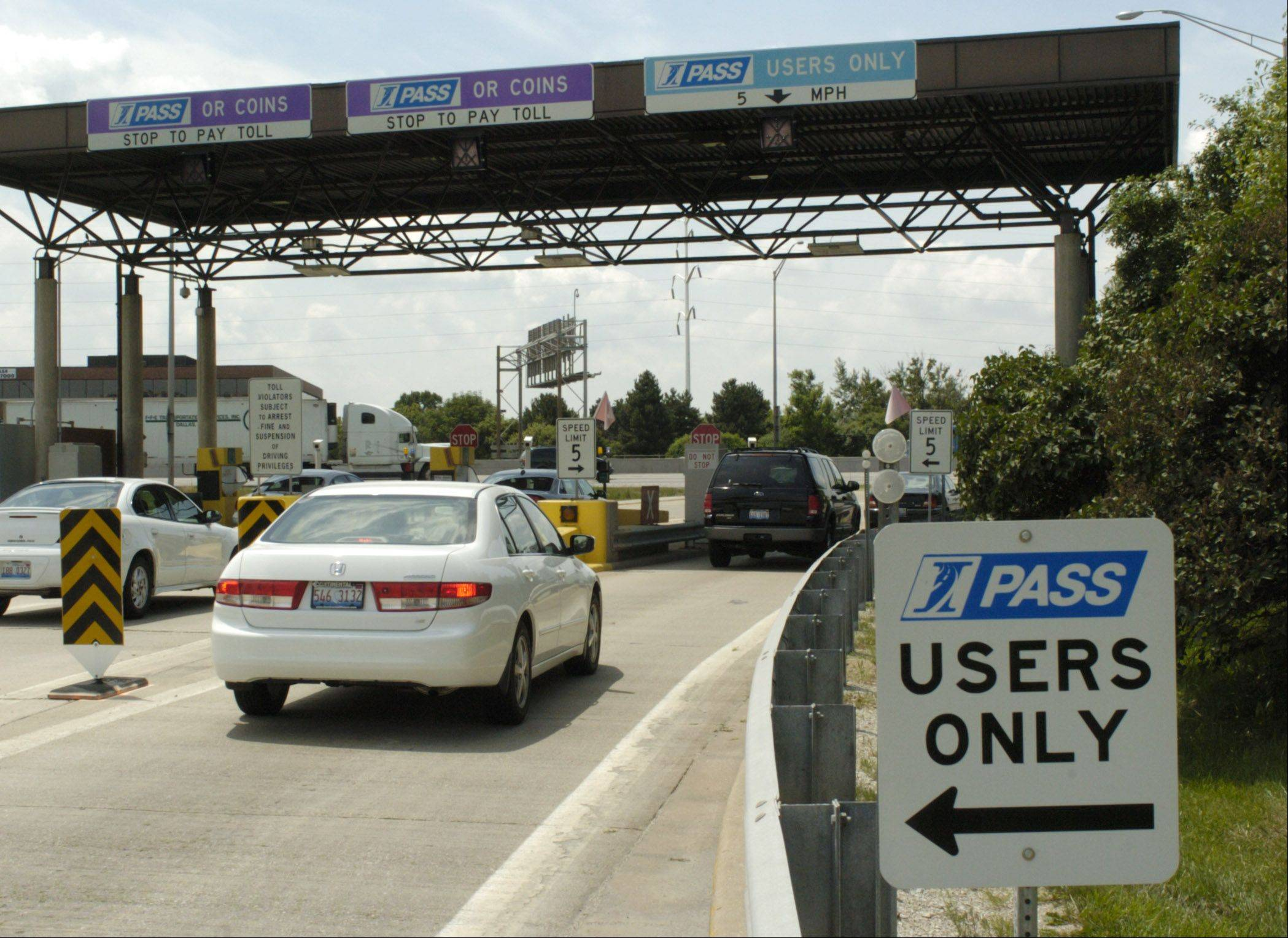 The Illinois tollway may reintroduce transponders that talk back.