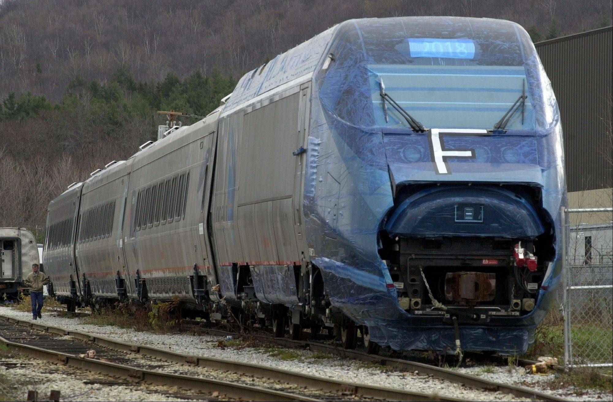 Acela Express equipment will be used for the high-speed raid tests Amtrak planned to start Monday evening along the East Coast.