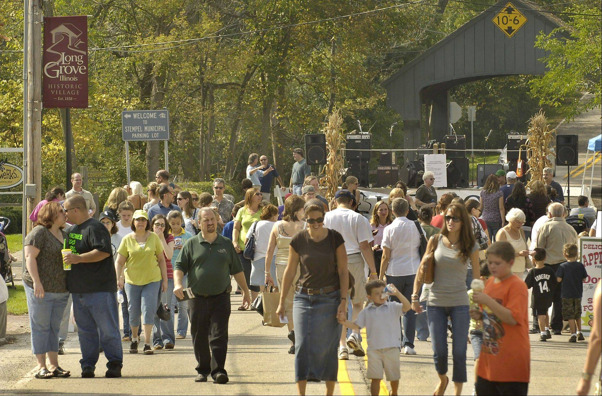 Apple Fest in Long Grove draws big crowds. The fall festival turns 20 this year.