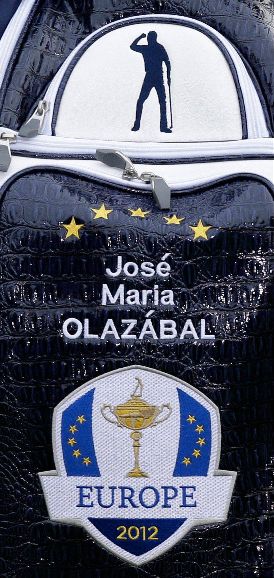 An image of Seve Ballesteros is seen on the bag of European team captain Jose Maria Olazabal Tuesday during practice for the Ryder Cup.