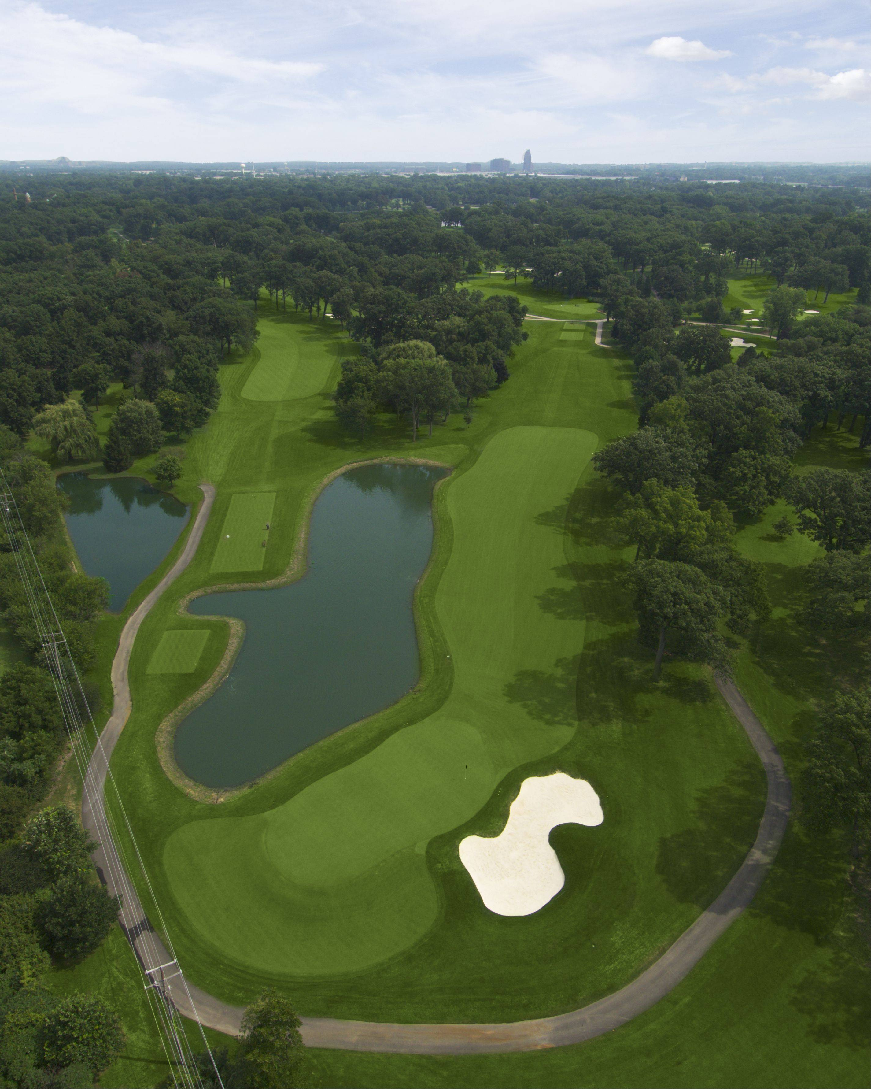 Hole No. 15 at Medinah is a driveable Par 4, but Phil Mickelson expects players to lay up for the easy birdie.