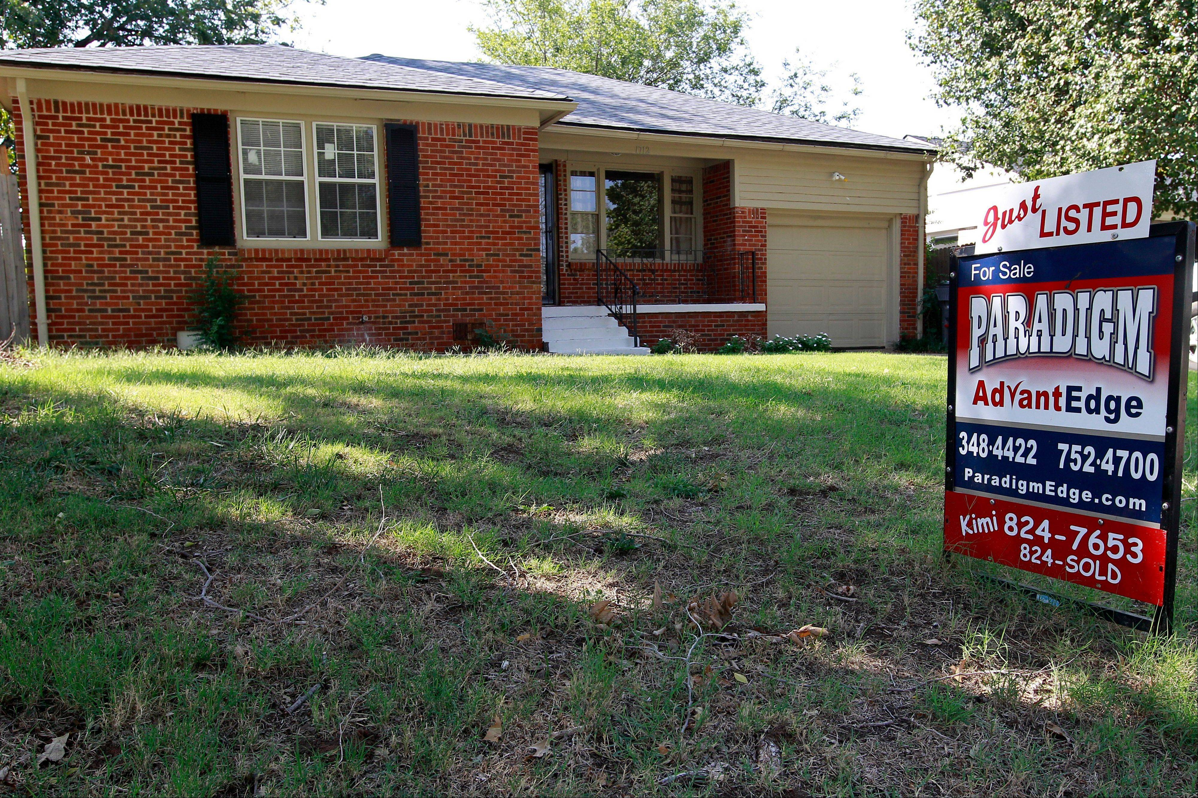 Average U.S. rates on fixed mortgages fell again to new record lows. The decline suggests the Federal Reserve's stimulus efforts may be having an impact on mortgage rates. Mortgage buyer Freddie Mac said Thursday, Sept. 27, 2012, the rate on the 30-year loan dropped to 3.40 percent. That's down from last week's rate of 3.49 percent, which was the lowest since long-term mortgages began in the 1950s.