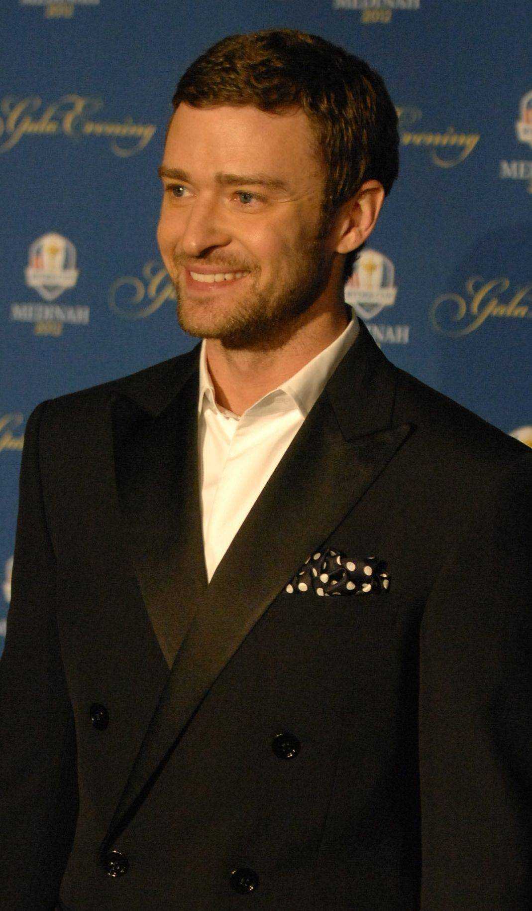 Justin Timberlake walks the 39th Ryder Cup Gala red carpet at the Akoo Theatre in Rosemont Wednesday. Timberlake is the official Team USA liaison and hosted a performance filled with music, comedy and introduction of Team USA and Team Europe.