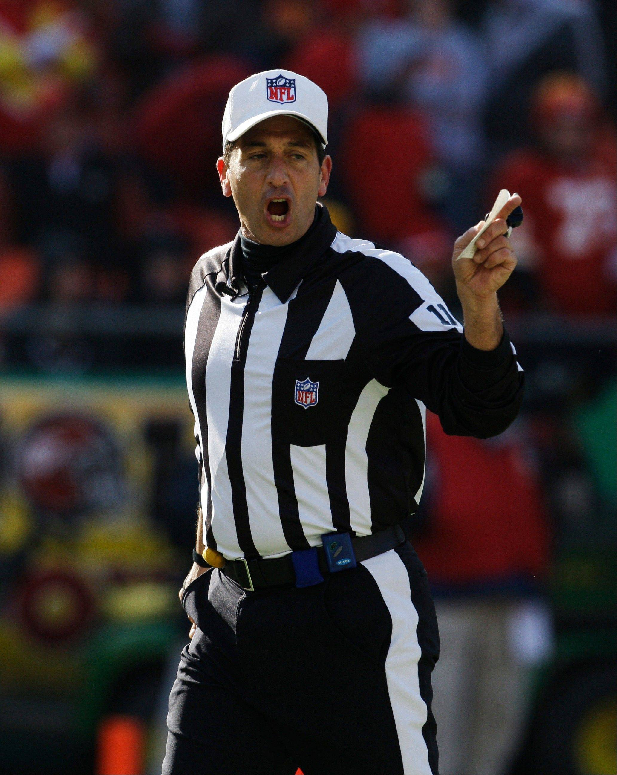 NFL referee Gene Steratore was picked to lead a seven-man crew of regular officials in calling Thursday night's game between the Cleveland Browns and Baltimore Ravens. The union and league agreed to a new deal at midnight Thursday.