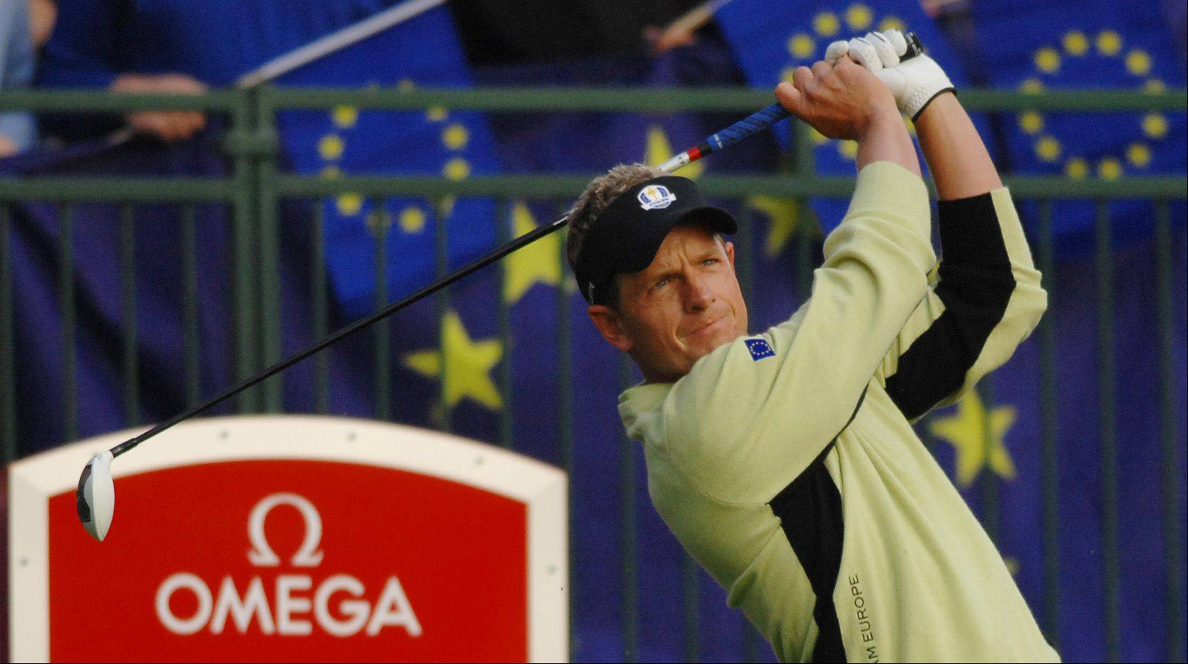 Team Europe's Ian Poulter started strong and finished strong in his morning match as he teamed with Justin Rose to defeat Steve Stricker and Tiger Woods.