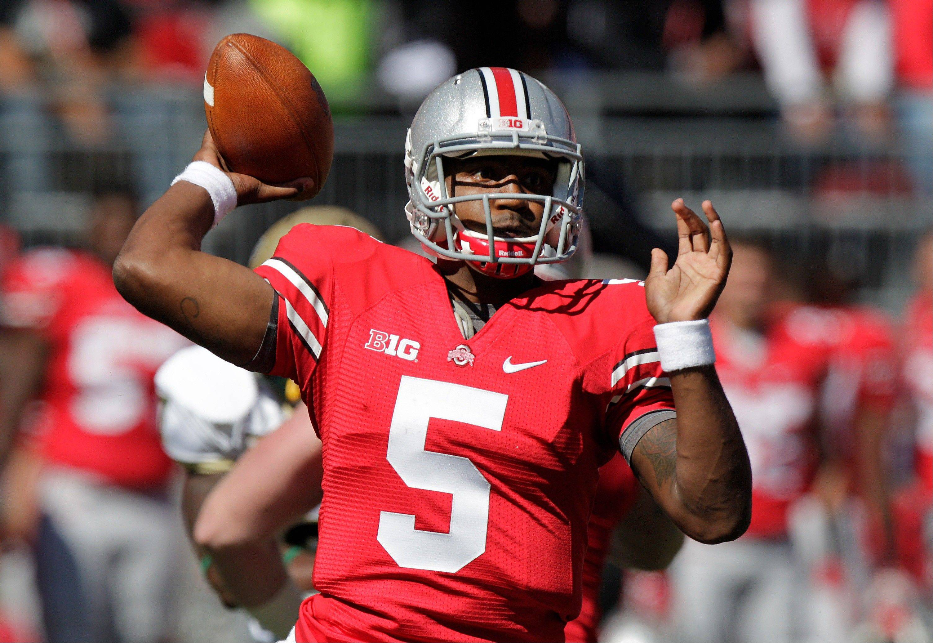 Ohio State quarterback Braxton Miller throws a pass against Alabama-Birmingham last Saturday in Columbus, Ohio.