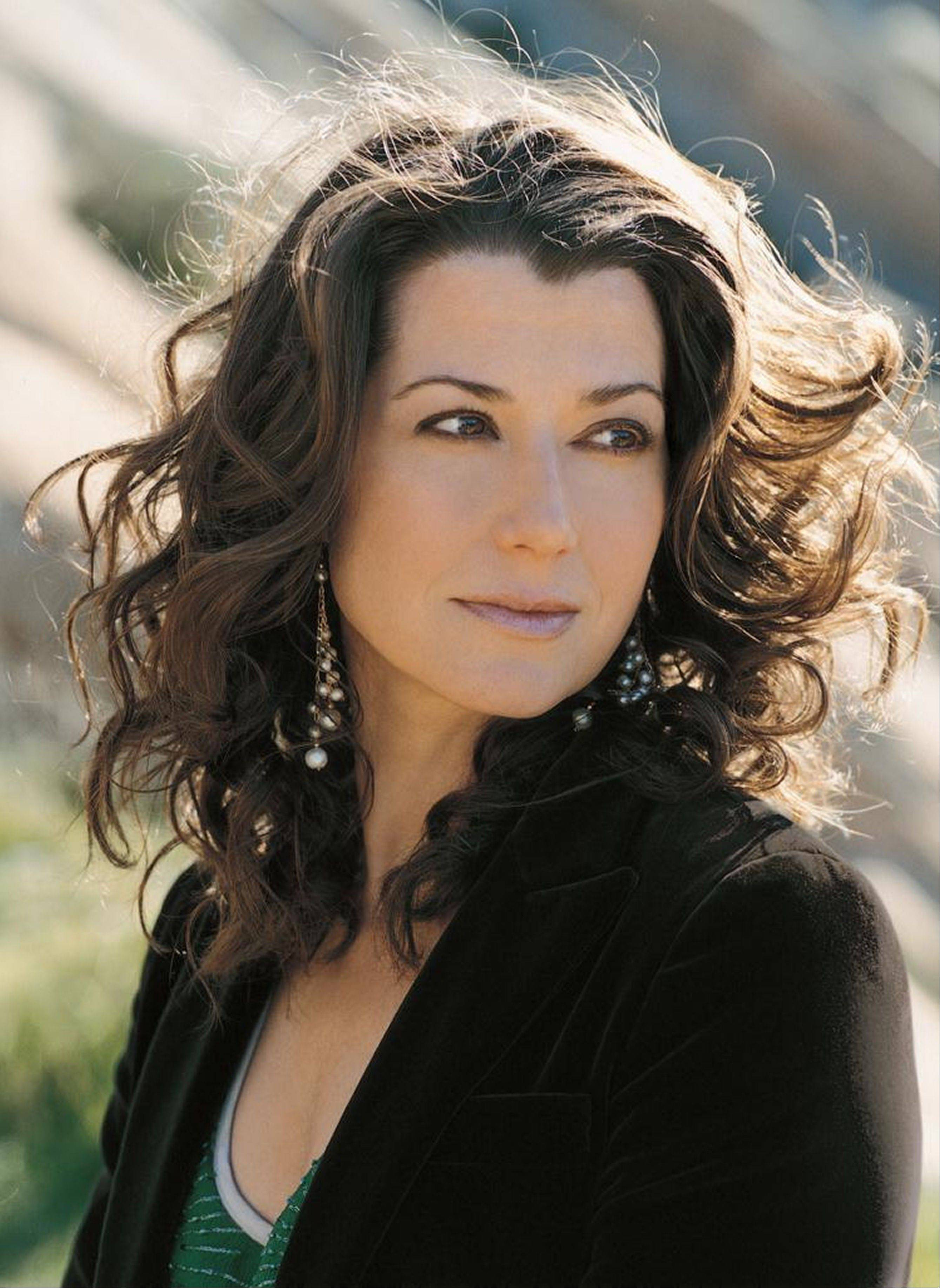 Amy Grant will play at the Raue Center for the Arts in Crystal Lake on Saturday, Oct. 6.