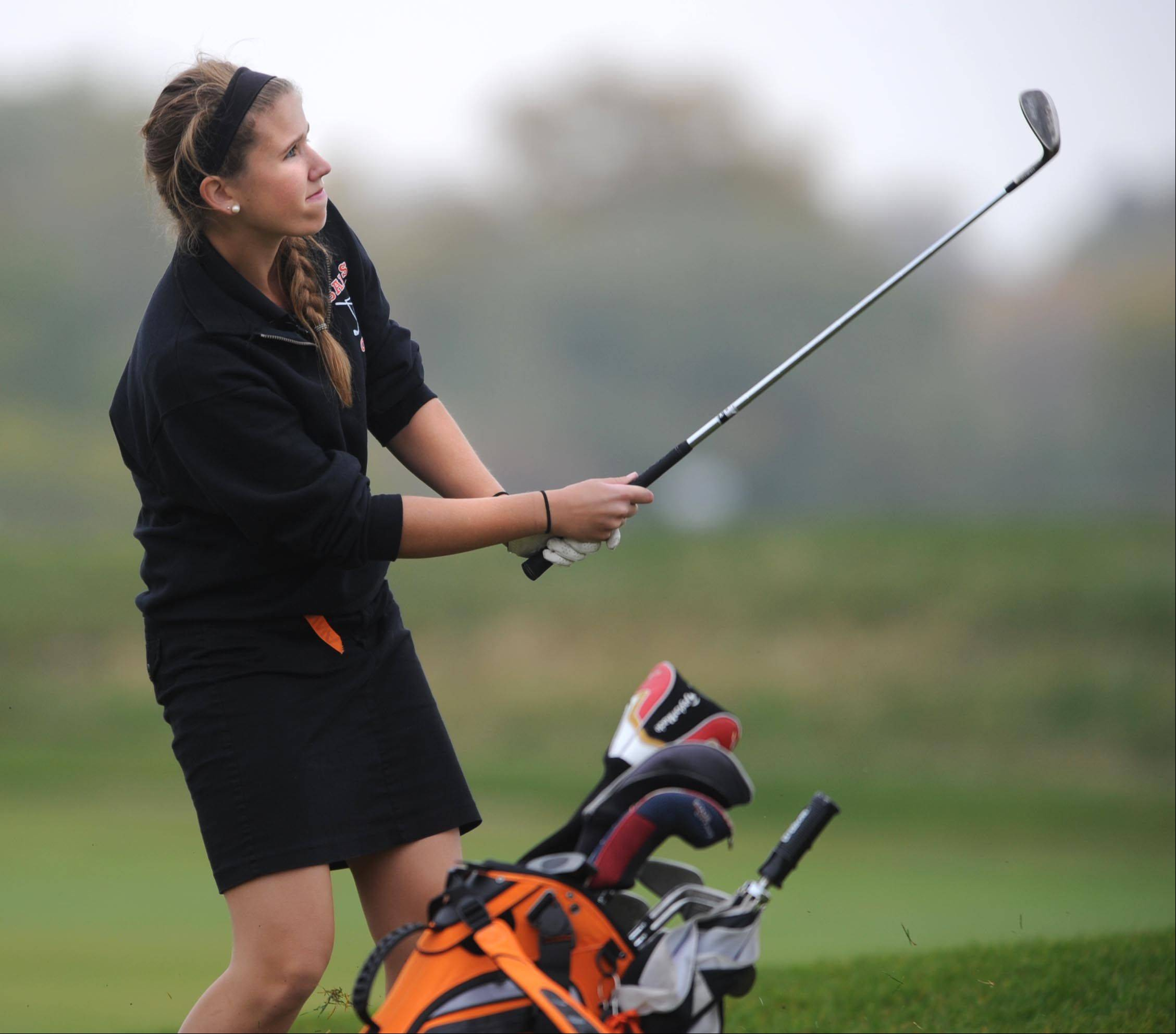 St. Charles East's Jane Noelker chips onto the first green at the Regional golf tournament Wednesday at the Golf Club of Illinois in Algonquin.