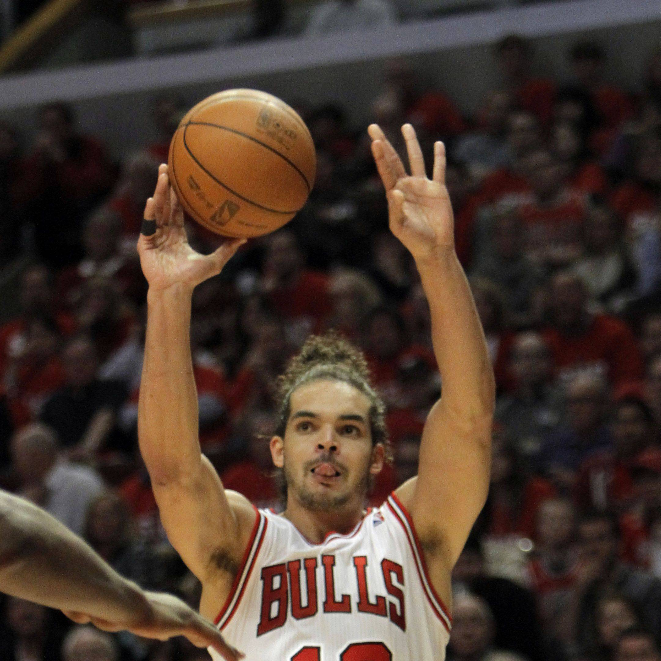Bulls center Joakim Noah took advantage of working with former Lakers great Kareem Abdul-Jabbar in the offseason.
