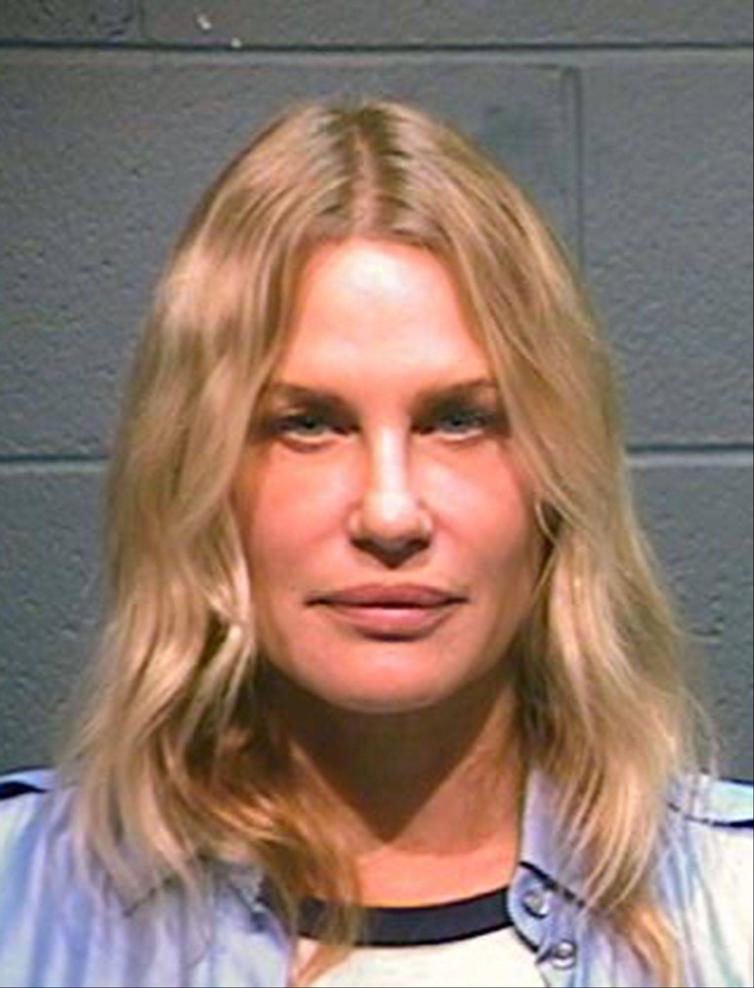 Daryl Hannah was arrested in northeast Texas along with a 78-year-old northeast Texas landowner while protesting construction of a pipeline designed to bring crude oil from Canada to Gulf Coast refineries.