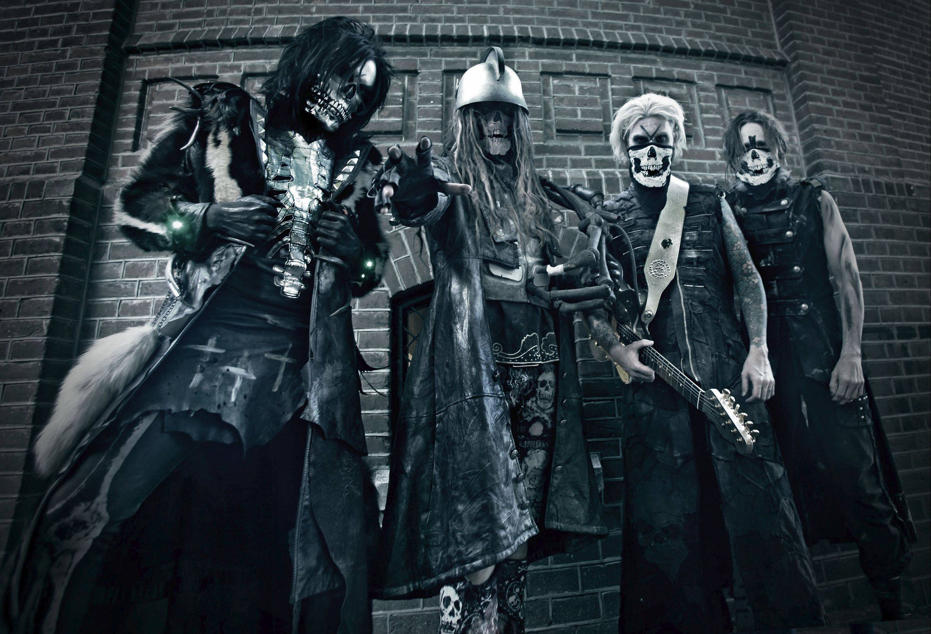 Rob Zombie will be a co-headliner alongside Marilyn Manson on Thursday, Oct. 11, when the Twins of Evil Tour stops at the Allstate Arena in Rosemont. Pictured, from left, are band members Piggy D, Zombie, John5 and Ginger Fish.