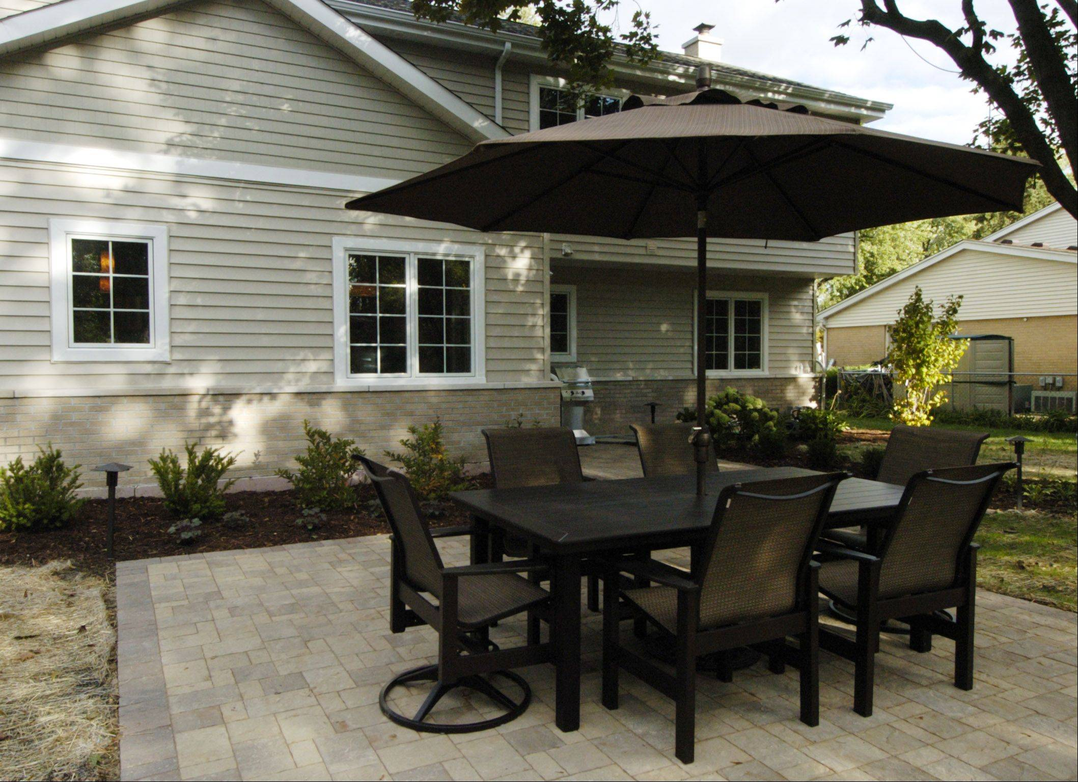 Northwest Metalcraft contributed the patio set for the backyard makeover.