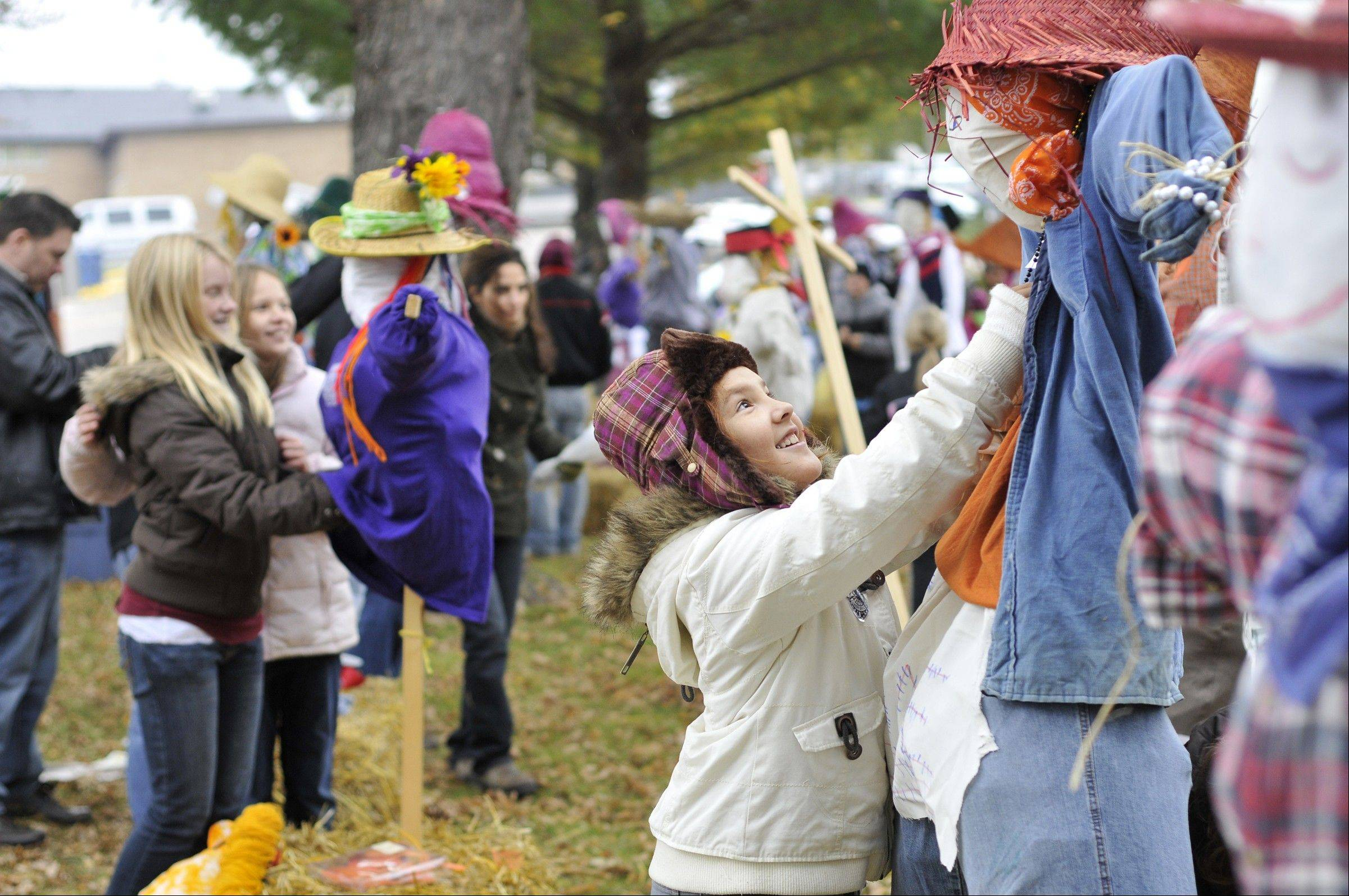 Families swarm the Wisconsin Dells Oct. 13-14 for fall fun during the Autumn Harvest Festival.