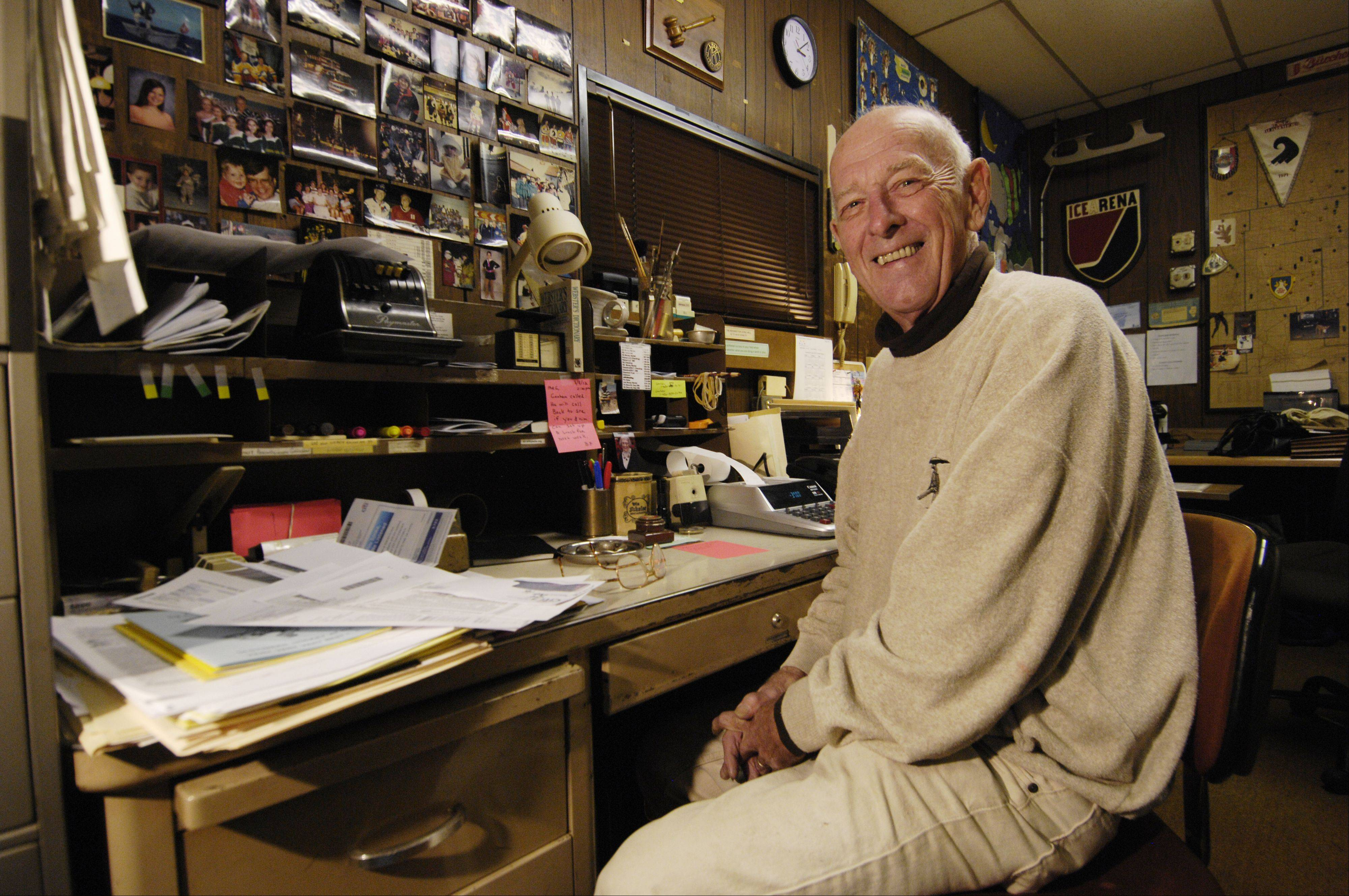 "Sitting in the ""world headquarters"" of his Max Achium old-timers hockey league, founder Dick Glassford has been the oldest player at his rinks in Carol Stream and Downers Grove for decades. Now, at age 81, he's hanging up his skates."