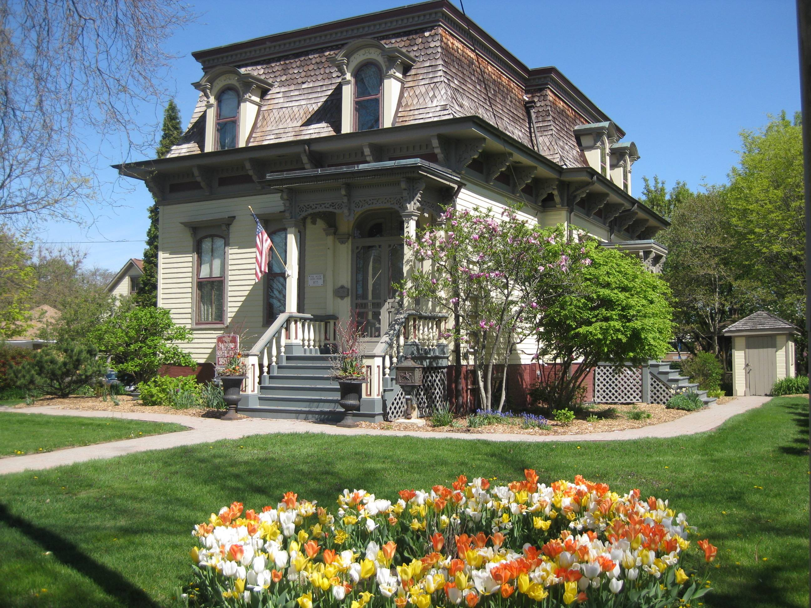 The George S. Clayson house, home of the Palatine Historical Society, dates from 1873.