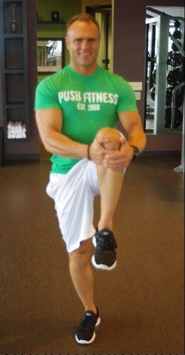 High knee pull: From a standing position, raise your right foot off the floor while bending your knee and driving it up toward your chest.