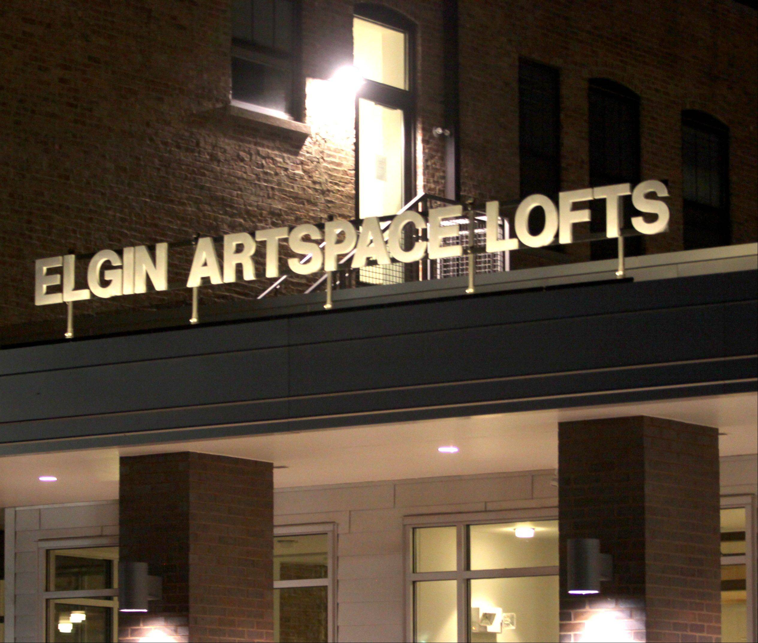 Tenants have begun moving into Elgin Artspace Lofts, a two-building, 55-unit project that includes renovation of the old Elgin Community College Fountain Square campus and new construction along Spring Street.