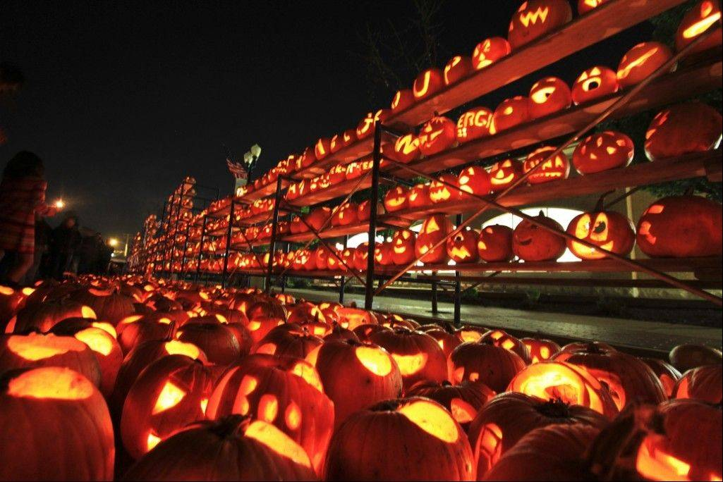 The lighting of a possible record setting 32,000 jack-o-lanterns will be a highlight of the Great Highwood Pumpkin Fest.