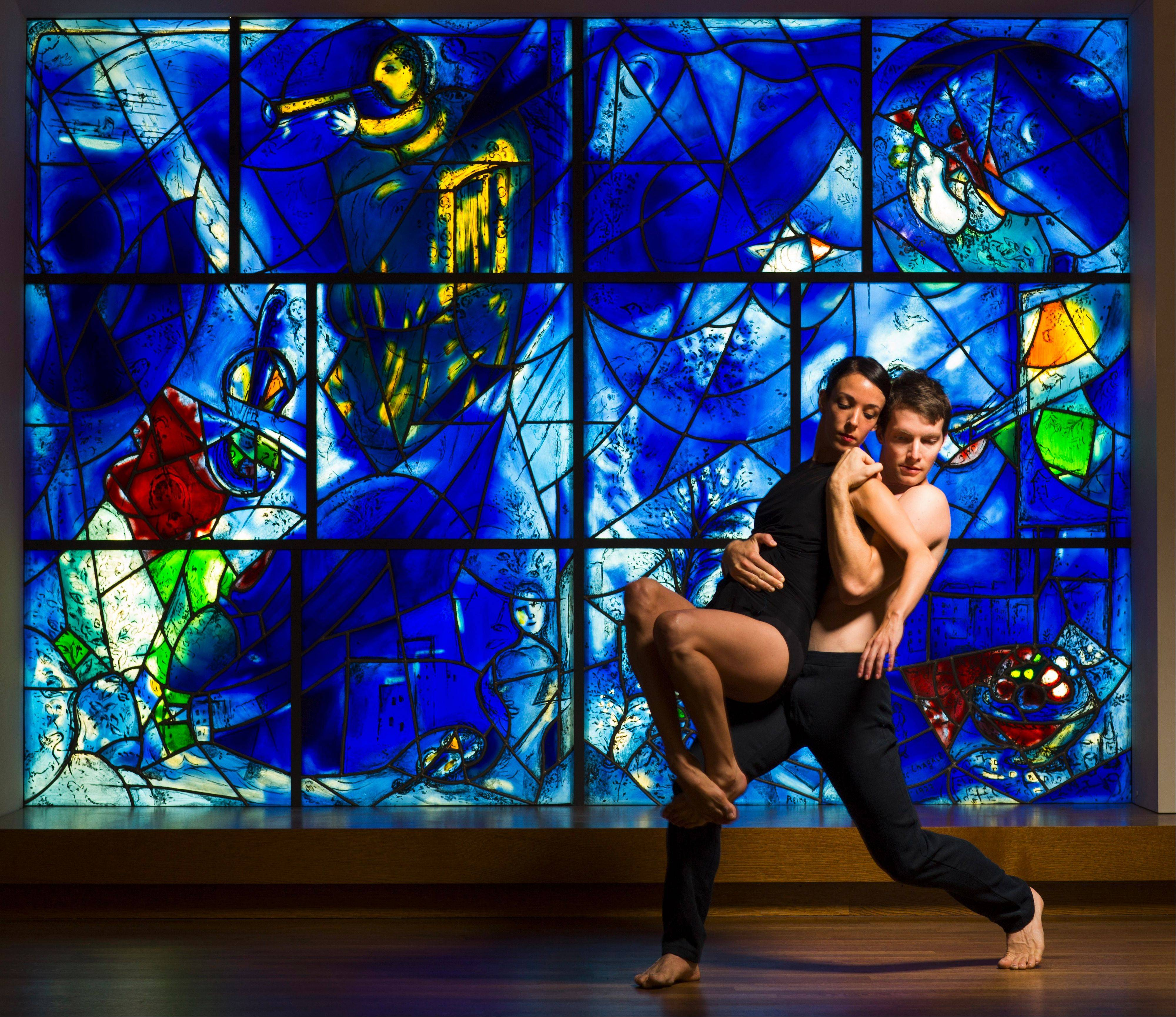 "Hubbard Street Dance Chicago's Anna Lopez and Garrett Anderson perform choreographer Alejandro Cerrudo's ""One Thousand Pieces"" at the Harris Theater in Chicago this weekend."