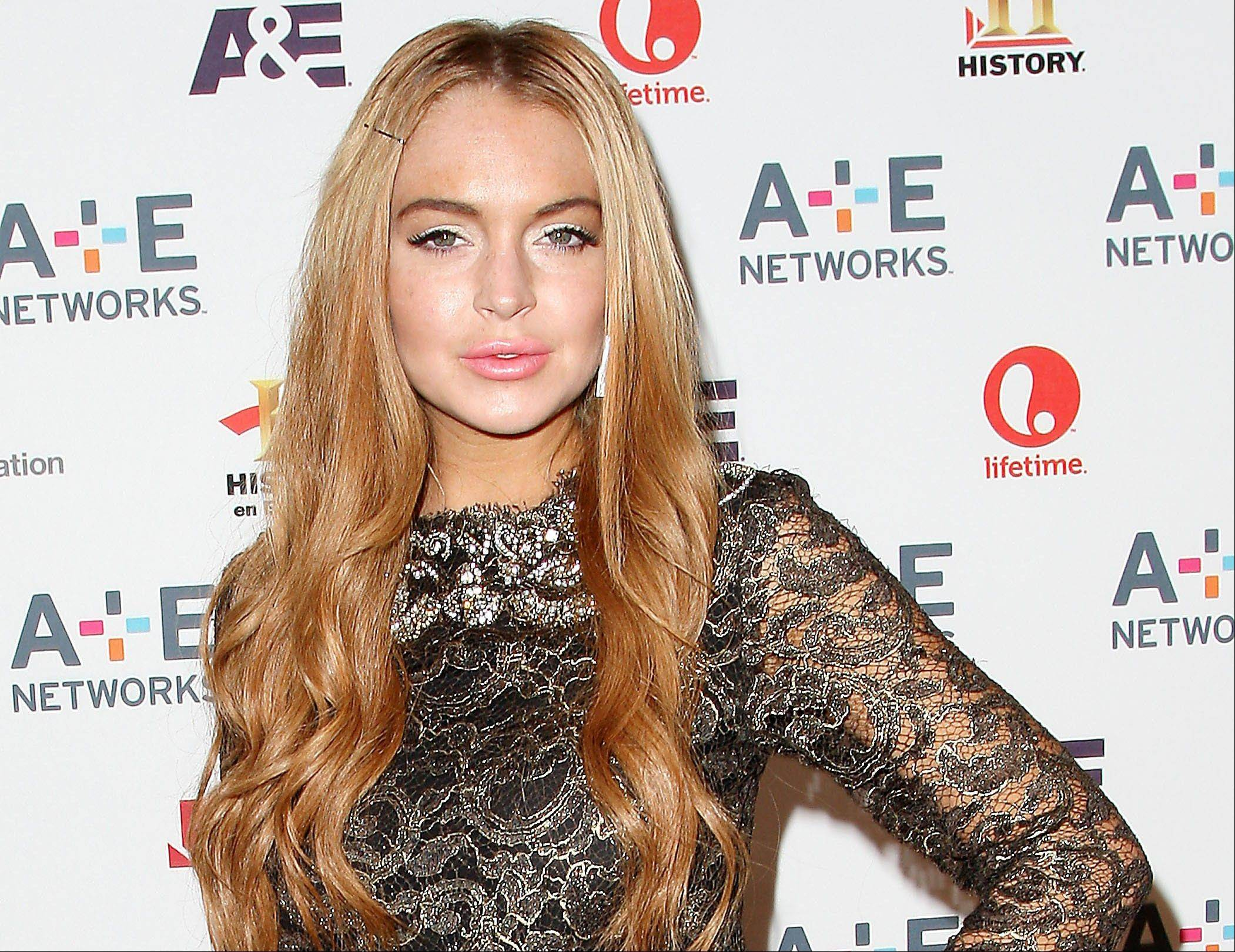 Prosecutors are not moving forward with charges against actress Lindsay Lohan after she was accused of clipping a man with her car outside a New York nightclub.
