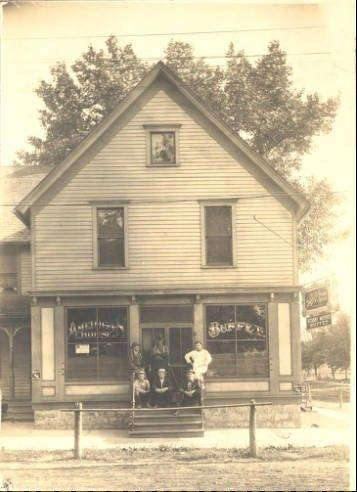 American House Tavern was one of the early drinking establishments in Arlington Heights.