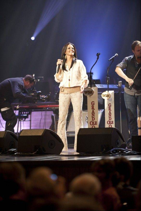 Country artist Sara Evans headlines Pfeiffer Hall Sunday, Oct. 28, at North Central College in Naperville.