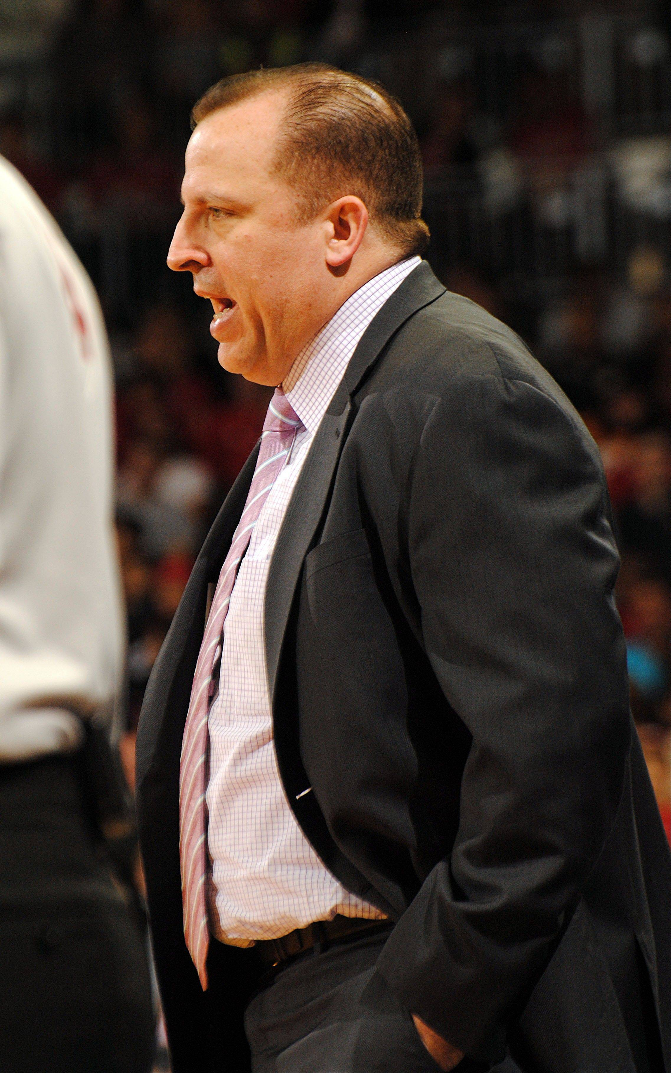 Bulls coach Tom Thibodeau shouts instructions to his team during the first half of the preseason finale Friday against the Indiana Pacers in South Bend, Ind.