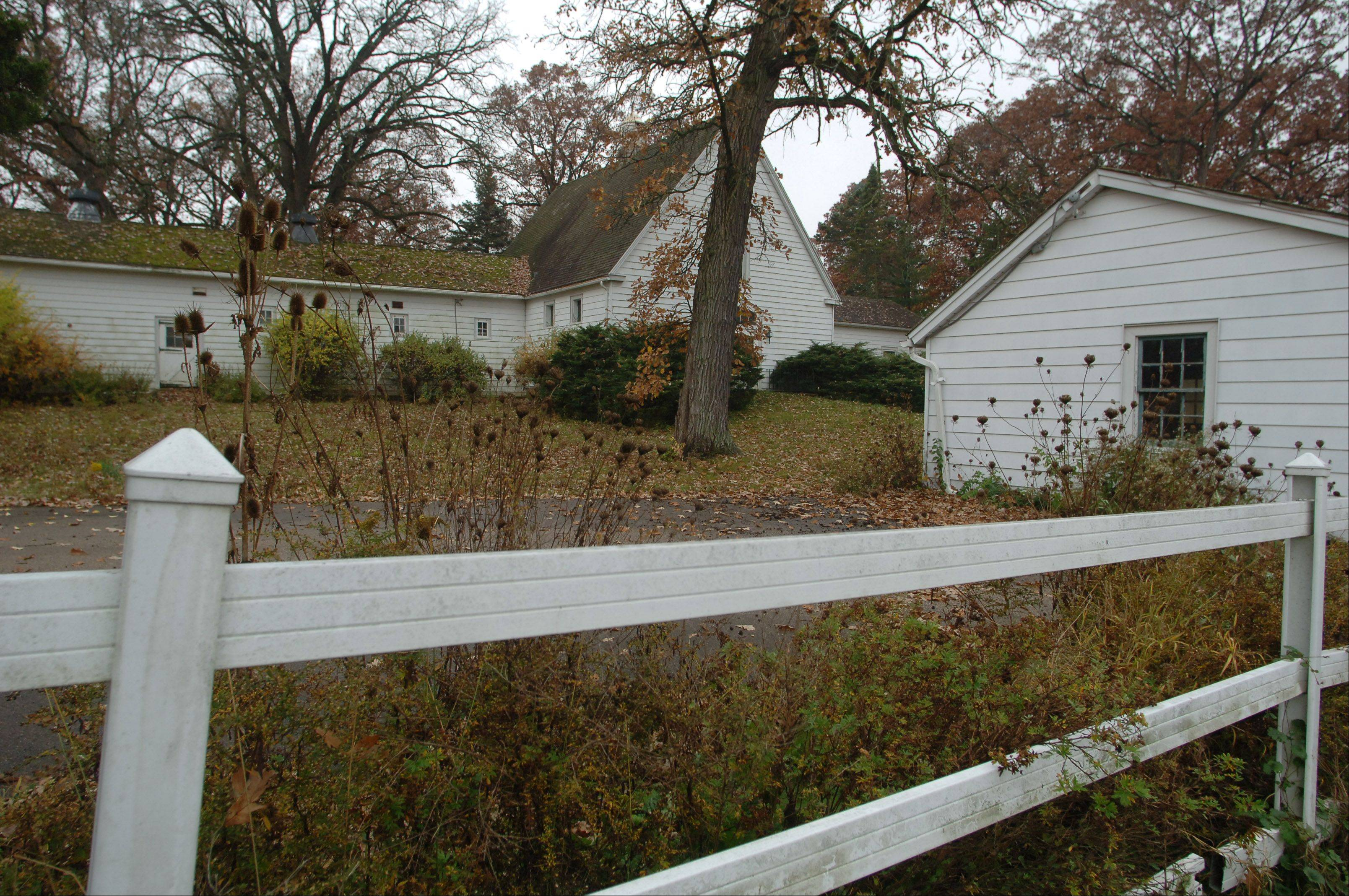 Buildings including an old barn next to the main house on what is known as the Whippoorwill farm on Route 60 near W.W. Grainger Inc., in Mettawa will be demolished. Proposals to convert the site into a Mettawa village hall proved too expensive, officials say.