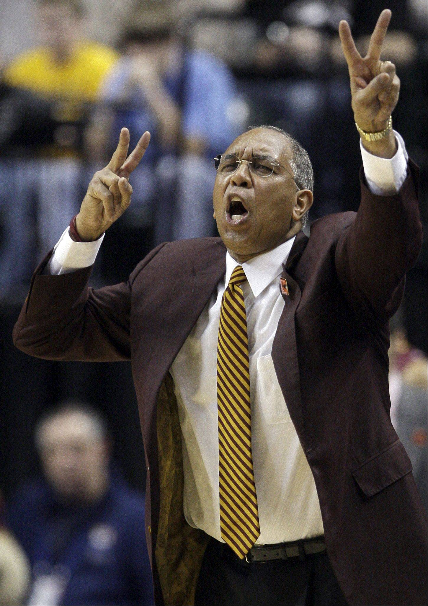 Minnesota head coach Tubby Smith has every starter returning from a squad that was runner-up in the NIT last spring to finish 23-15.