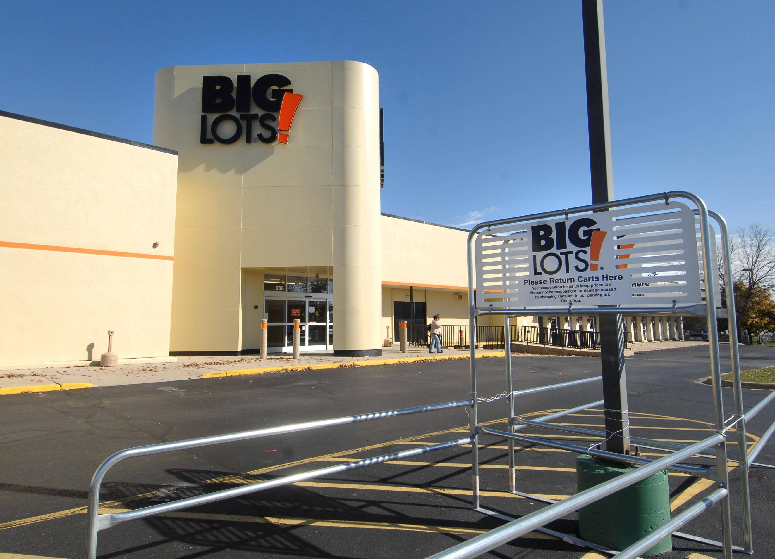 The site of the former Circuit City on Route 31 in Carpentersville will soon be home to Big Lots, which is opening next Thursday.