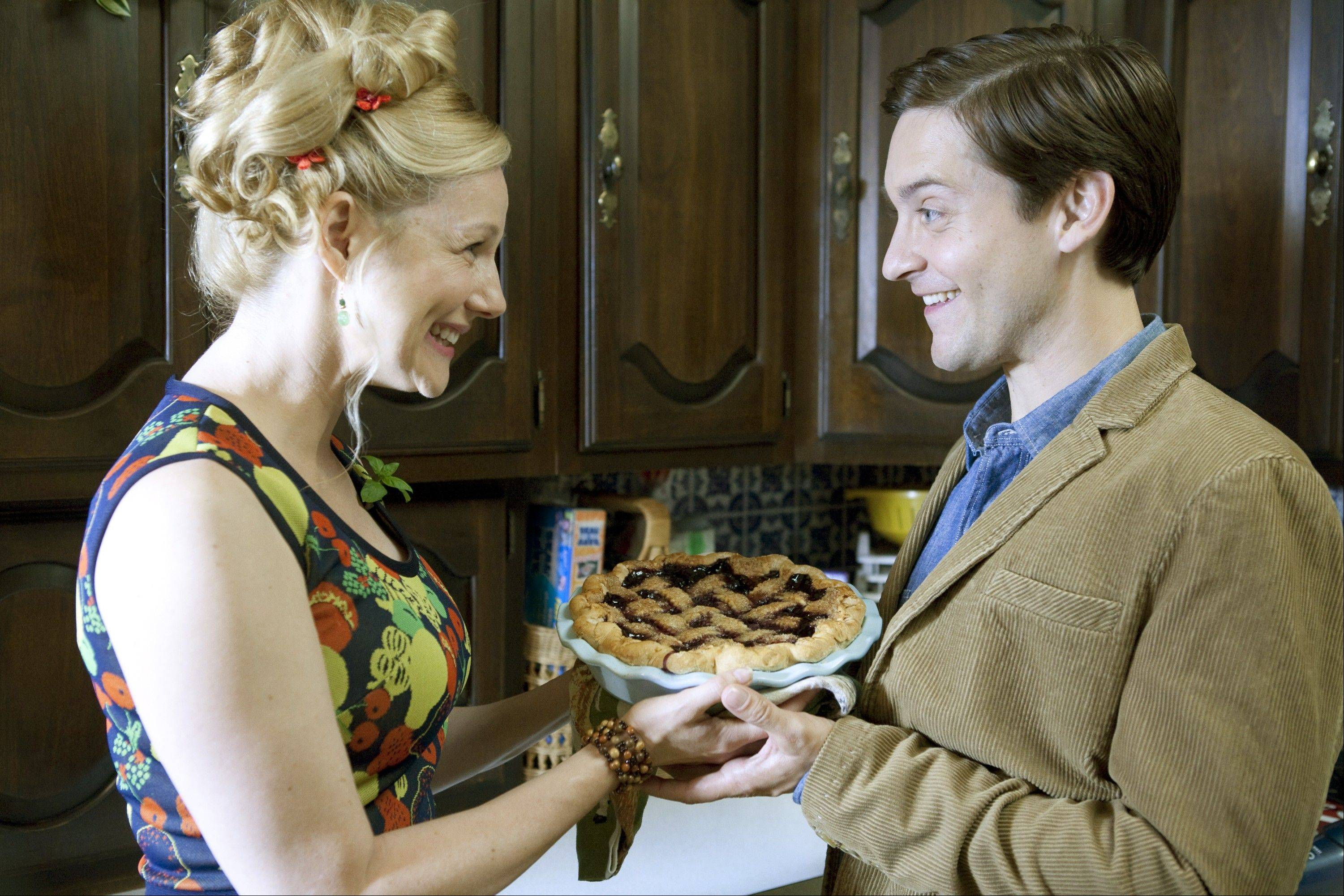 "A crazy neighbor (Laura Linney) tries to make up to Jeff (Tobey Maguire) in ""The Details."""