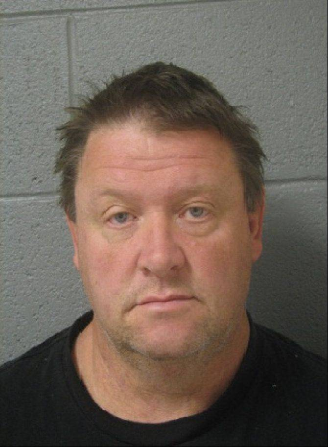 Streamwood man charged with stalking young girl