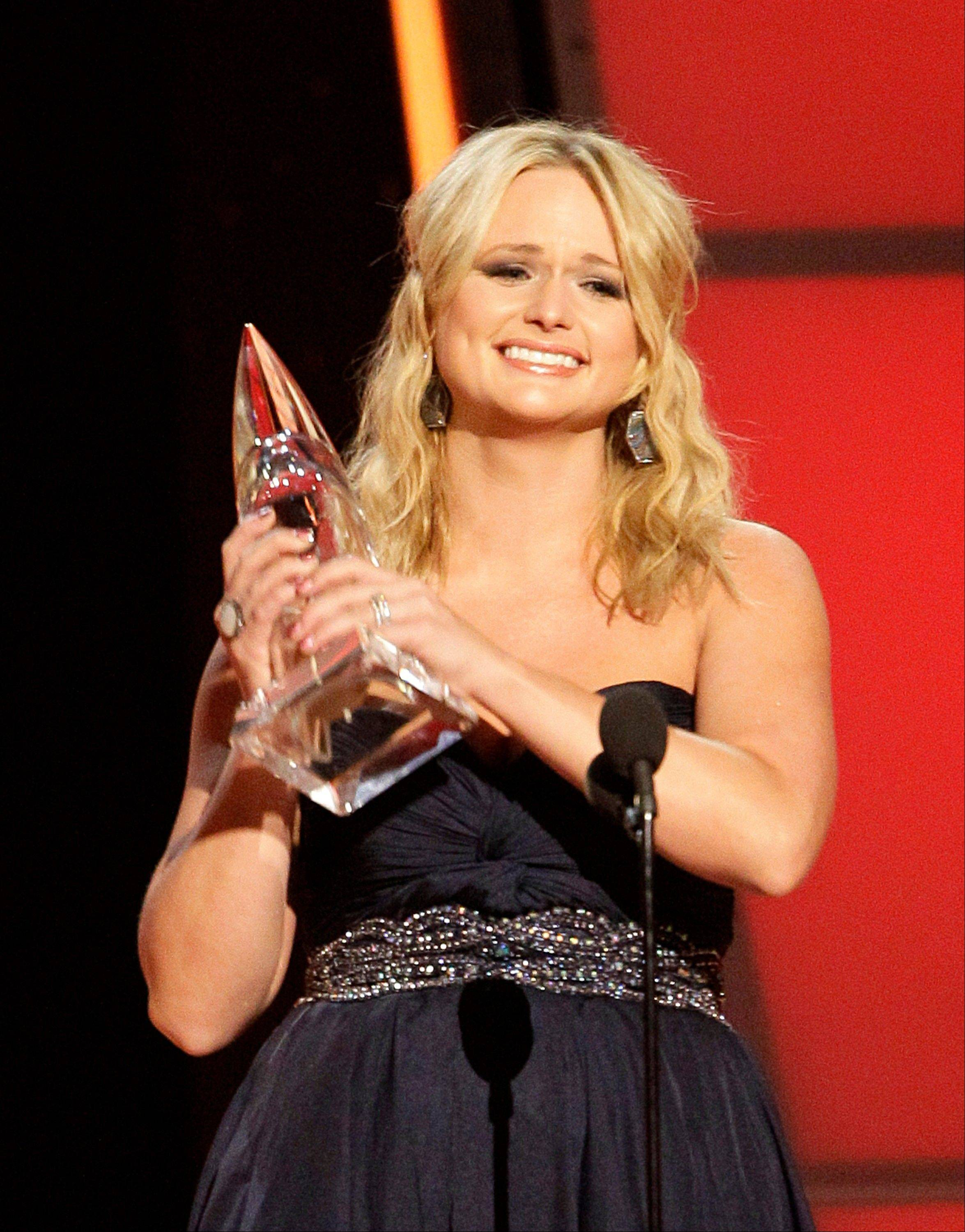 Miranda Lambert accepts the award for female vocalist of the year at the 46th Annual Country Music Awards at the Bridgestone Arena on Thursday, Nov. 1, 2012, in Nashville, Tenn.