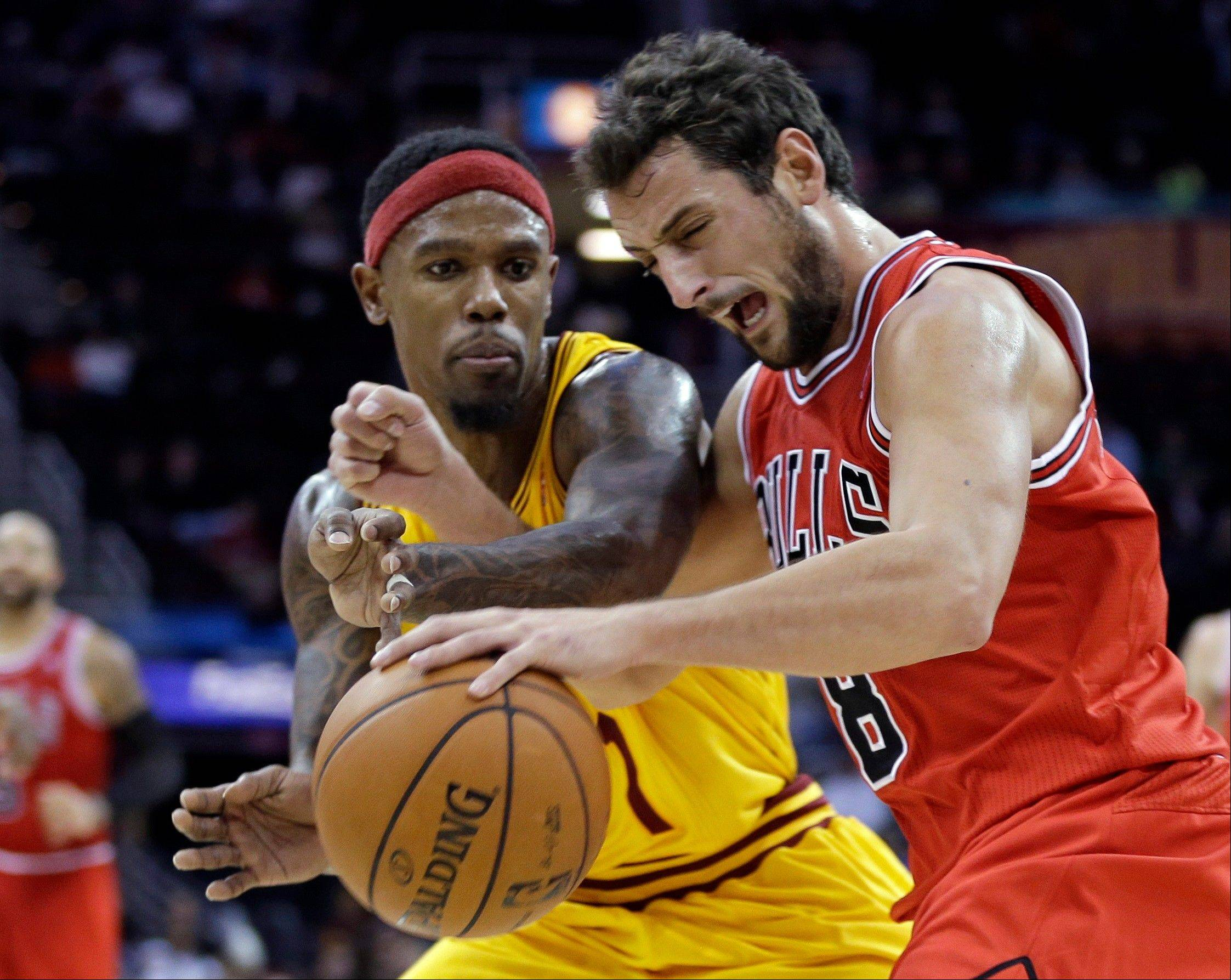 Bulls guard Marco Belinelli, seen here Friday against Cleveland, scored 13 points in Saturday�s loss to New Orleans.